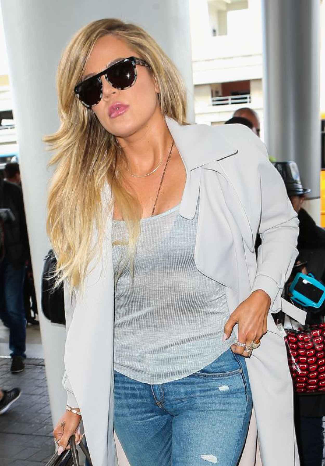 Khloe Kardashian - LAX Airport in LA, April 2015-1