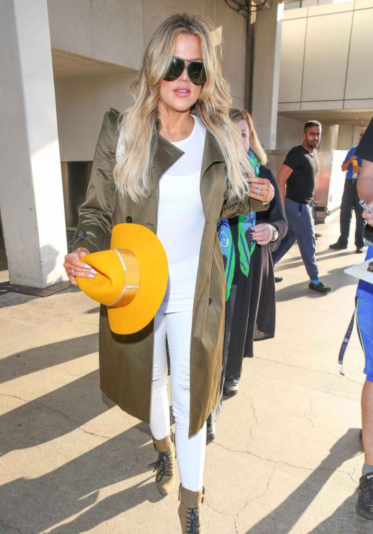 Khloe Kardashian - LAX Airport in Los Angeles, May 2015-1