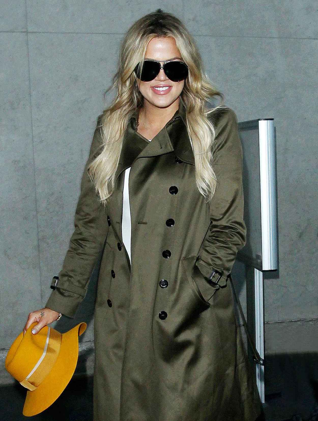 Khloe Kardashian - LAX Airport in Los Angeles, May 2015-3