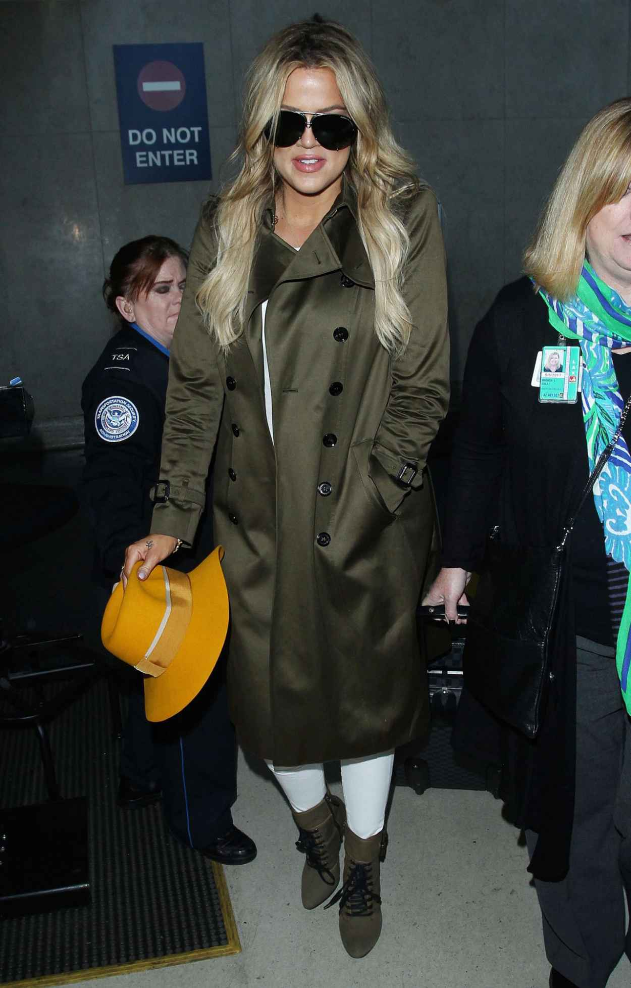 Khloe Kardashian - LAX Airport in Los Angeles, May 2015-4