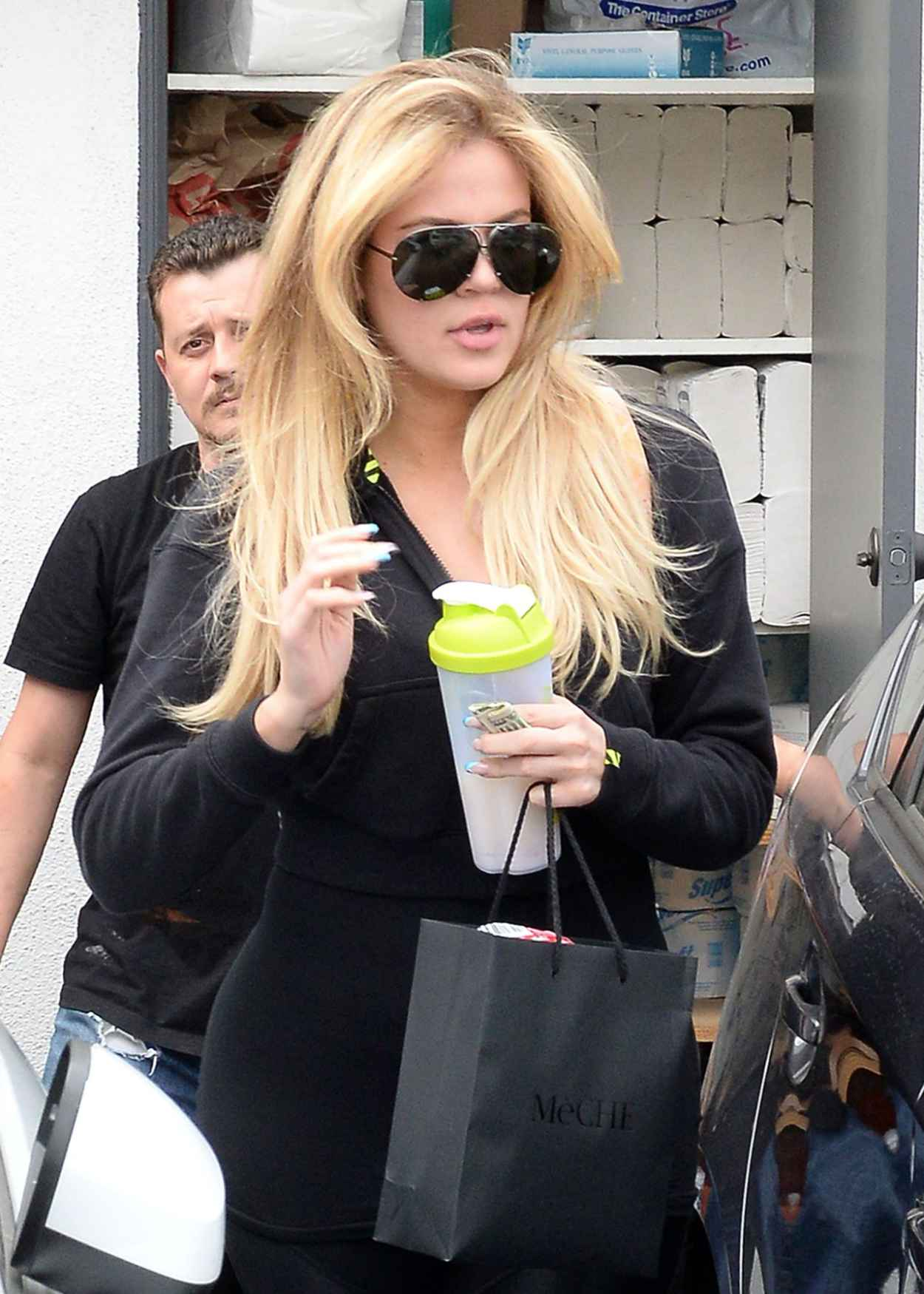 Khloe Kardashian - Leaving a Hair Salon After Getting Her Hair Done in Beverly Hills, June 2015-3