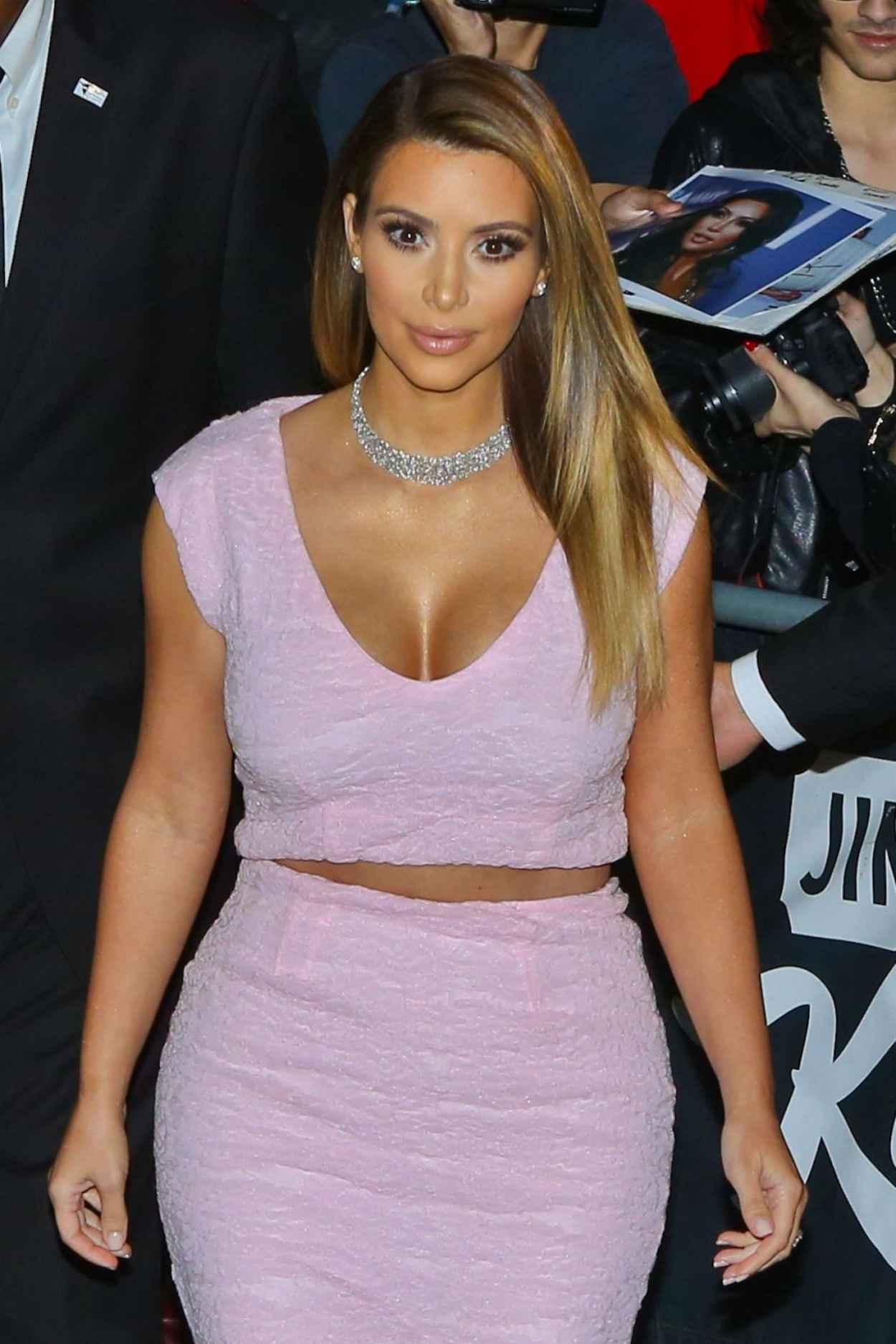 Kim Kardashian - Arriving at Jimmy Kimmel Live! Show - January 2015-1