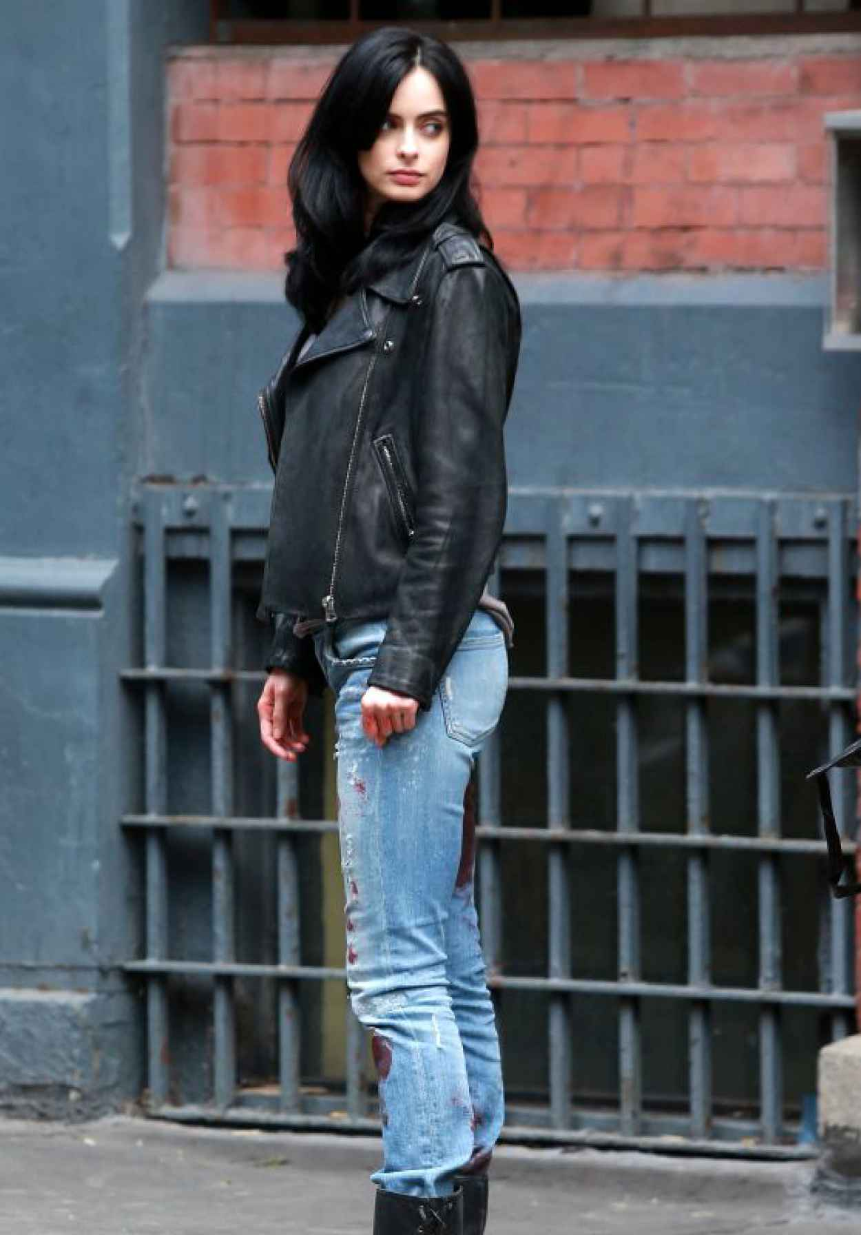 Krysten Ritter Booty in Bloody Jeans - A.K.A. Jessica Jones Set in NYC, July 2015-1