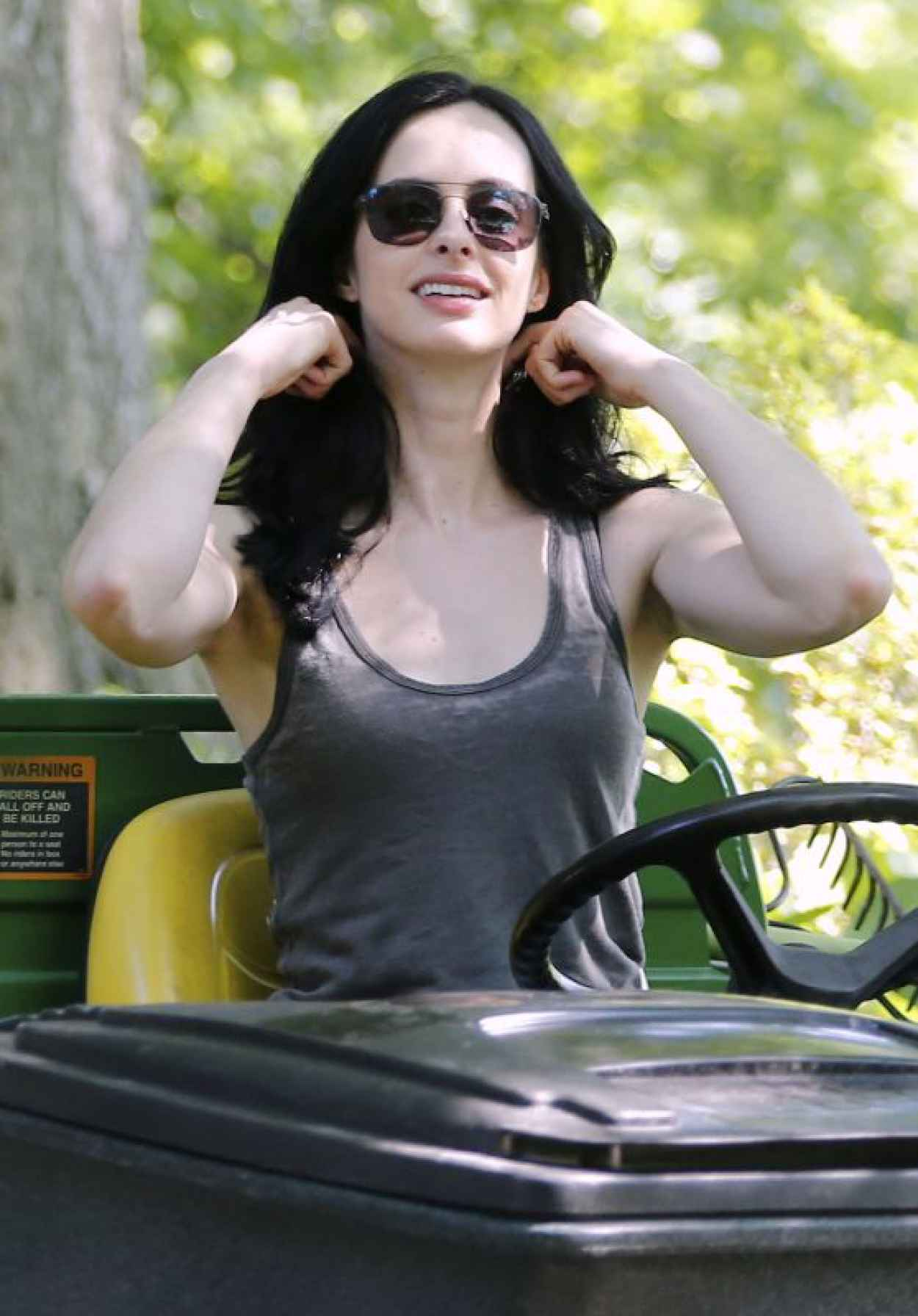 Krysten Ritter - Jessica Jones Set Photos, NYC, July 2015-1