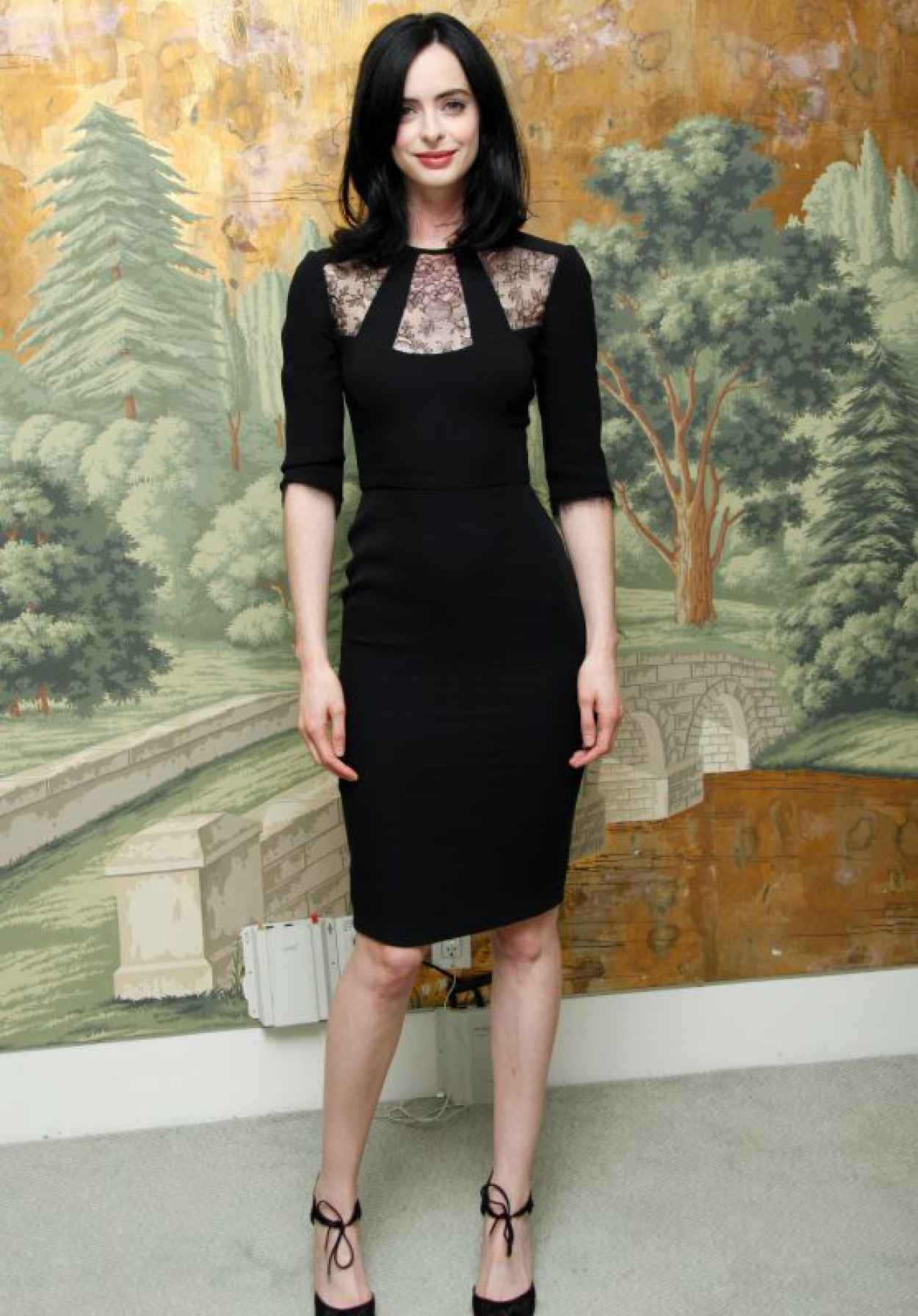 Krysten Ritter Style - Jessica Jones Press Conference at the London Hotel in NYC-1