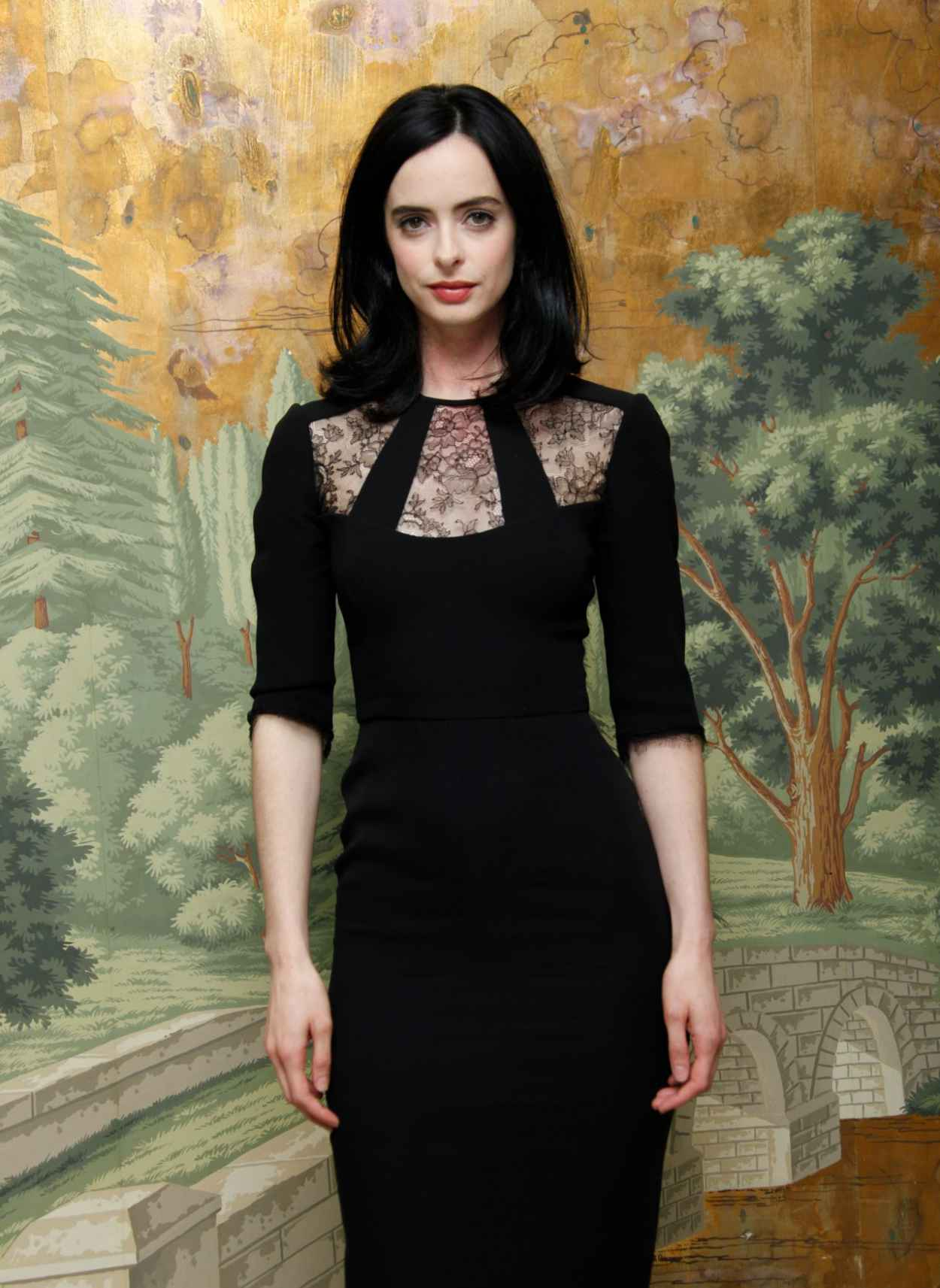 Krysten Ritter Style - Jessica Jones Press Conference at the London Hotel in NYC-2