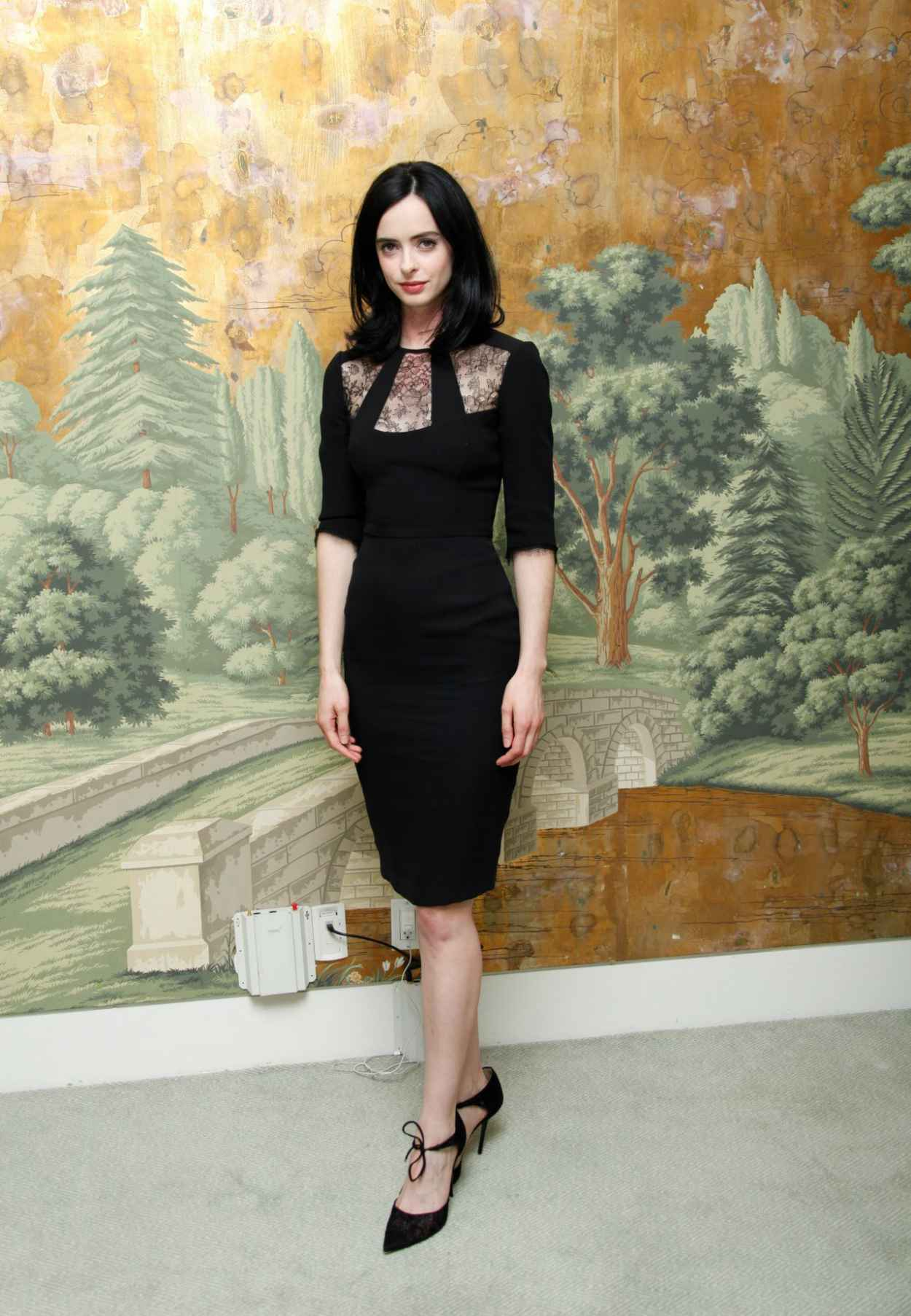 Krysten Ritter Style - Jessica Jones Press Conference at the London Hotel in NYC-3