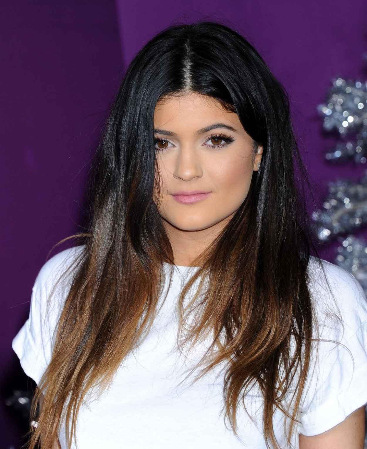 Kylie Jenner - Justin Biebers Believe - World Premiere-1