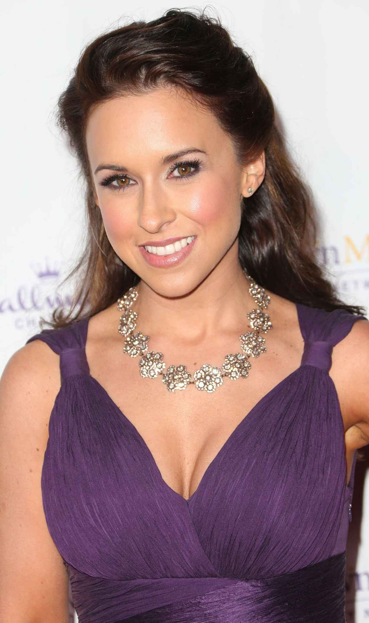 Lacey Chabert - Hallmark Winter TCA party in San Marino - January 2015-1