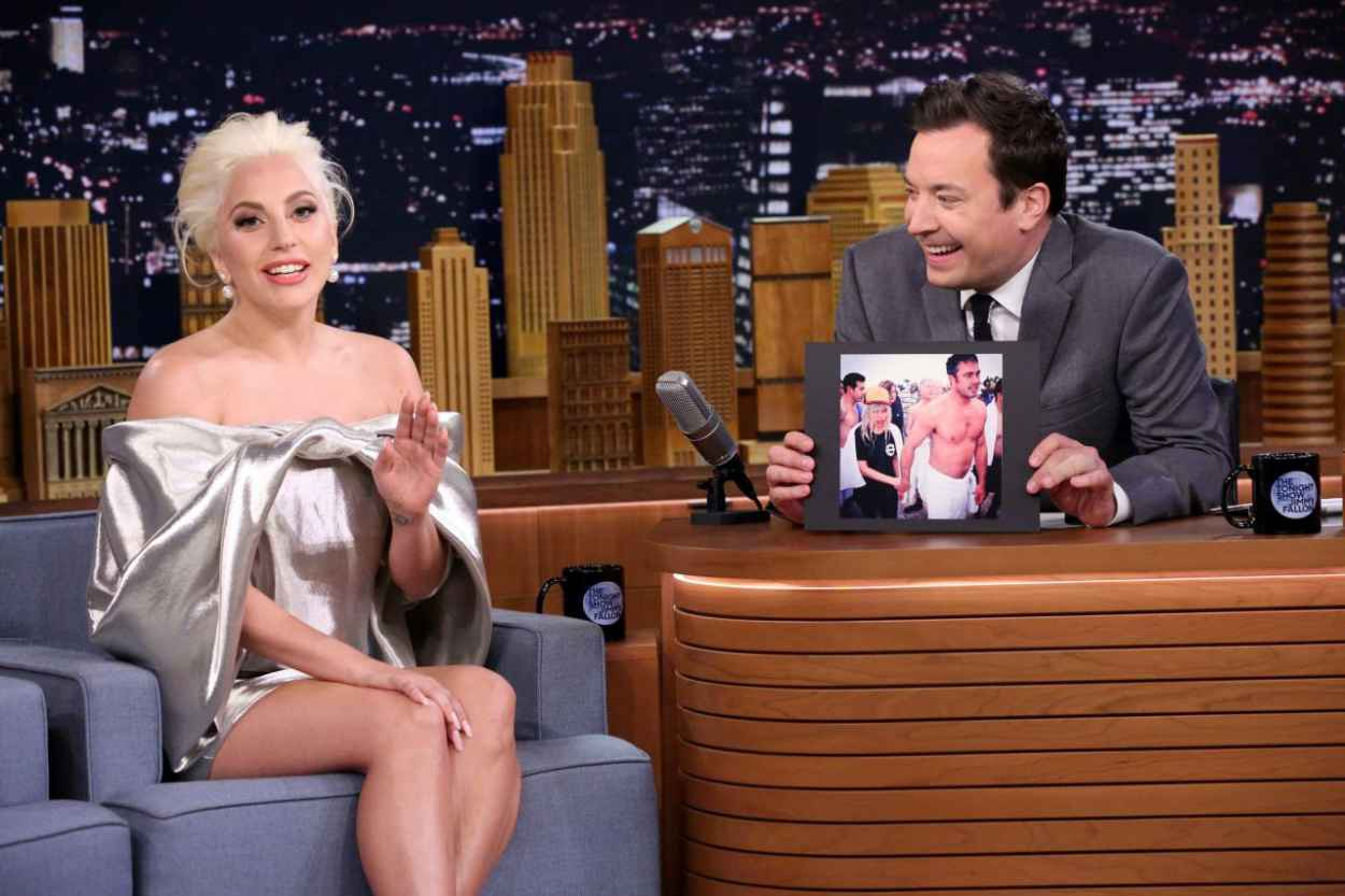 Lady Gaga - The Tonight Show With Jimmy Fallon, October 2015-5