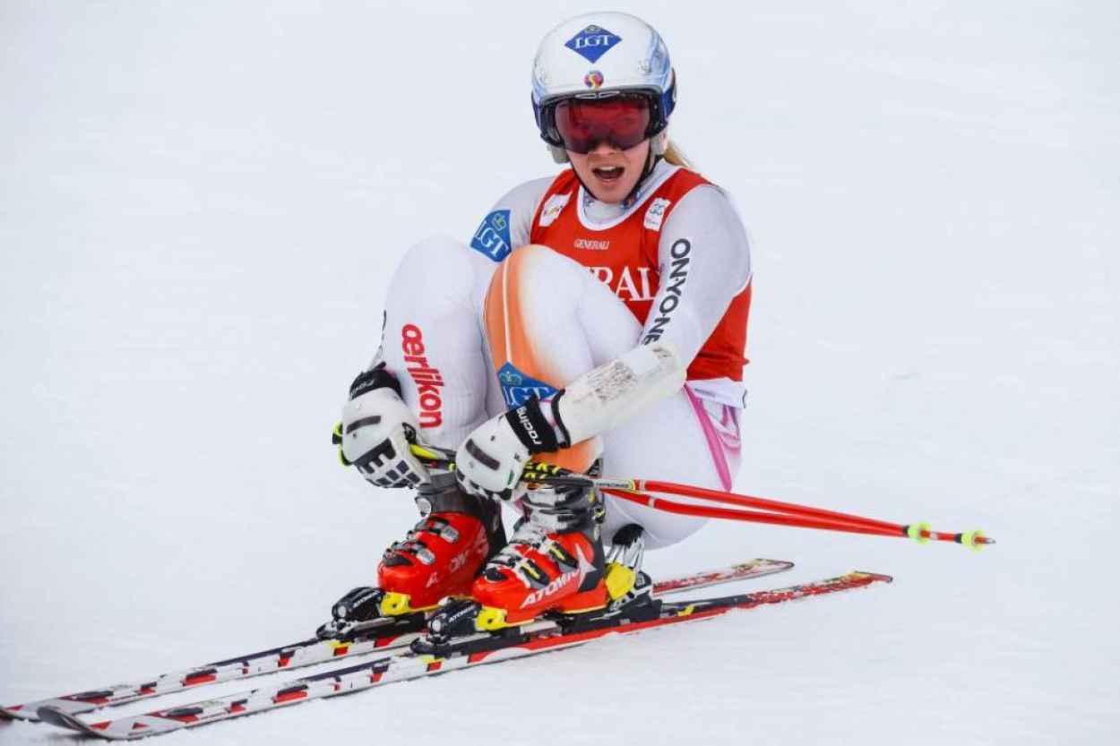 Lara Gut - Alpine Ski Racer Photos (+5)-1