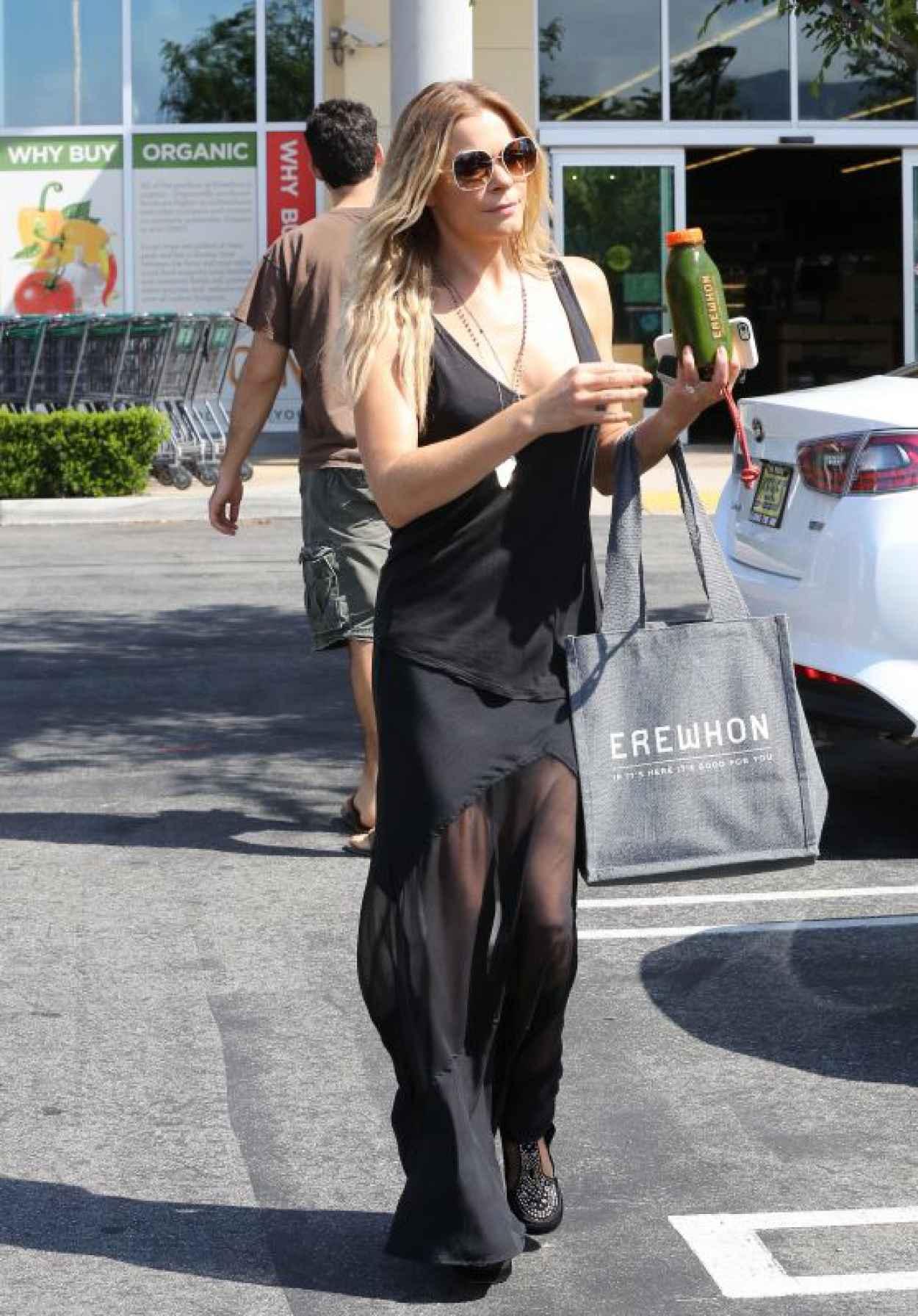 LeAnn Rimes - Out in Calabasas, June 2015-1