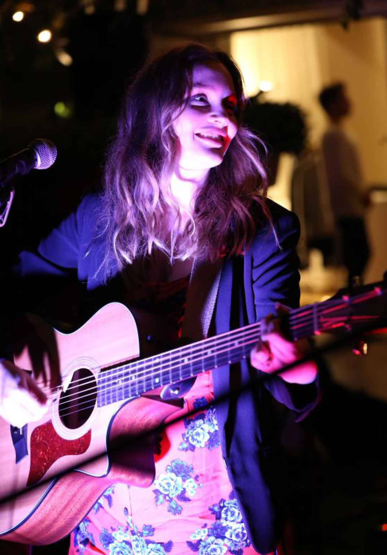 Leighton Meester Performing at The Skybar in West Hollywood, April 2015-1