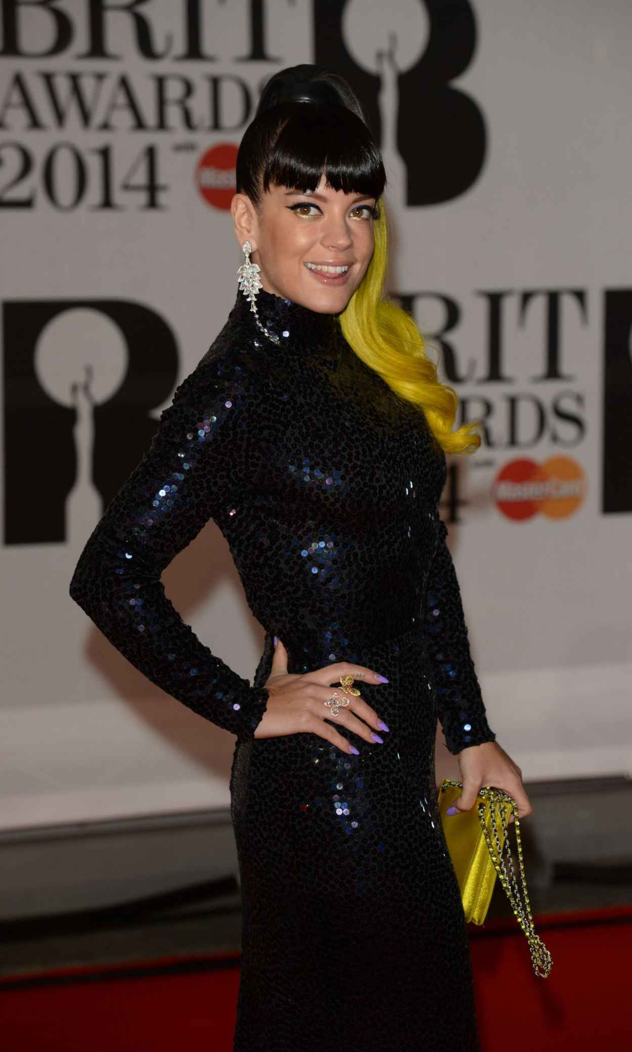 Lily Allen Wearing WilliamVintage - BRIT Awards 2015 at the 02 Arena, London-1