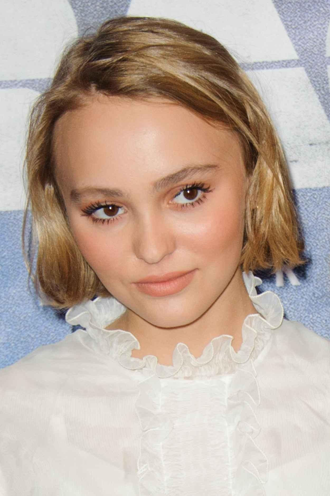 Lily-Rose Depp - Enrages Premiere in Paris-3