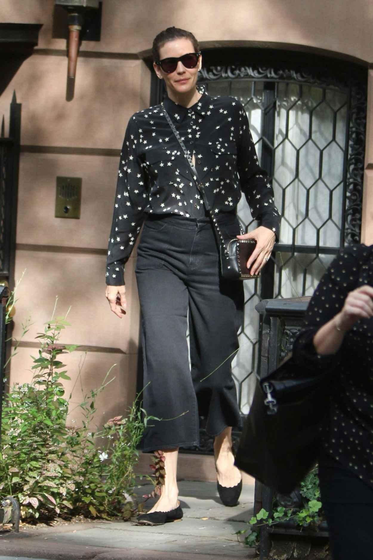 Liv Tyler – Leaving Her West Village Home in New York, October 2015