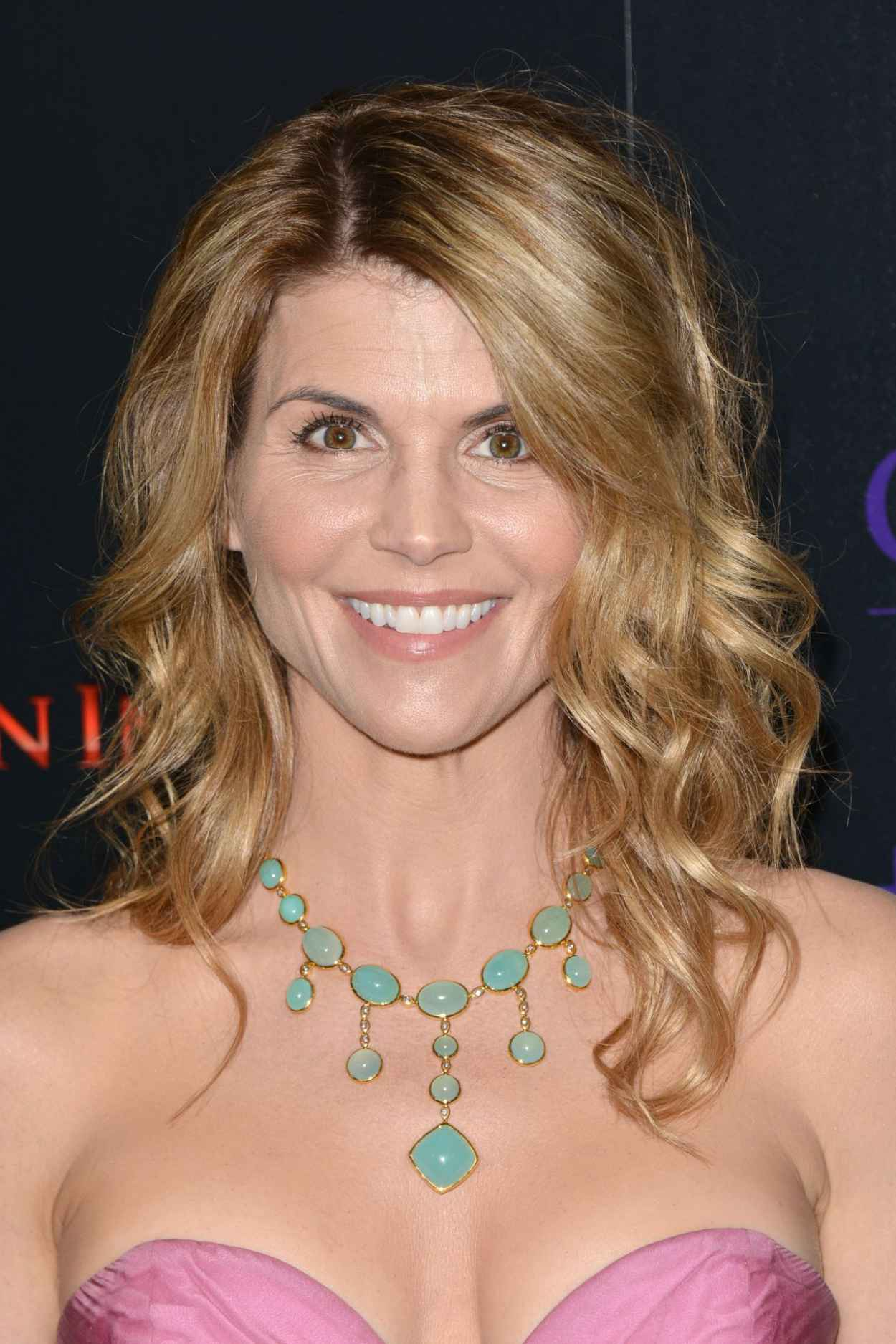 lori loughlin - photo #50