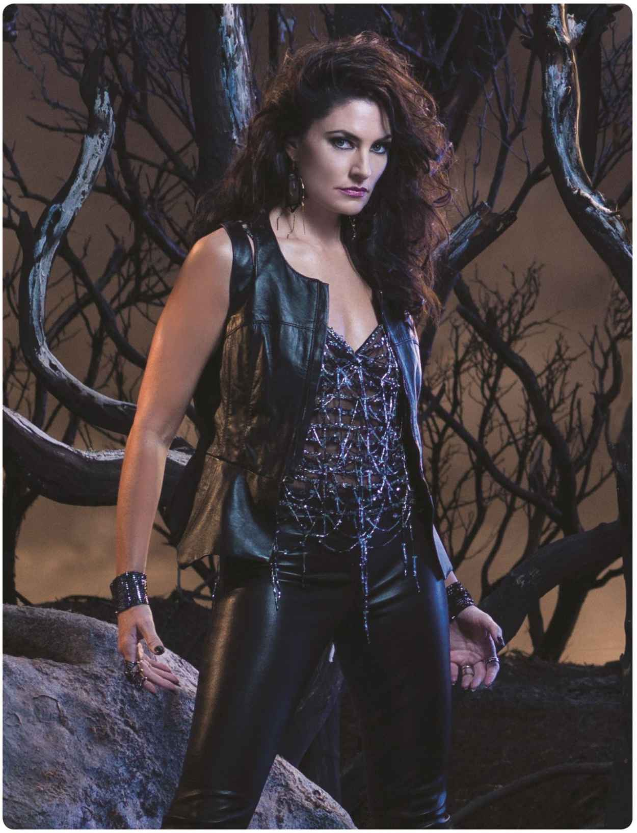 Madchen Amick - Witches of East End - Season 1 Promo Photos-1