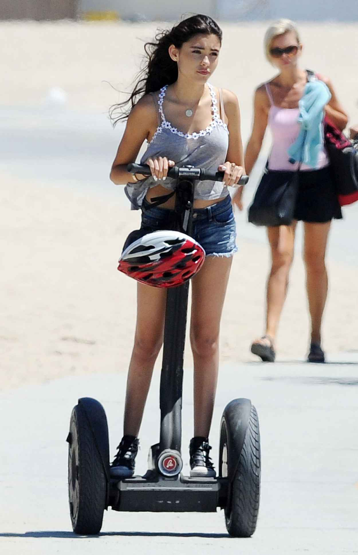 Madison Beer Street Style - Out in Santa Monica, July 2015-3