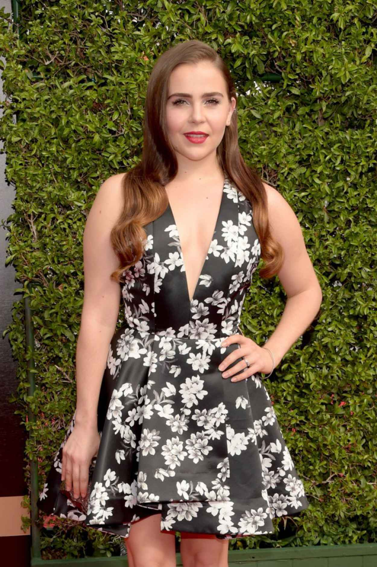 Mae Whitman - 2015 Creative Arts Emmy Awards in Los Angeles-3