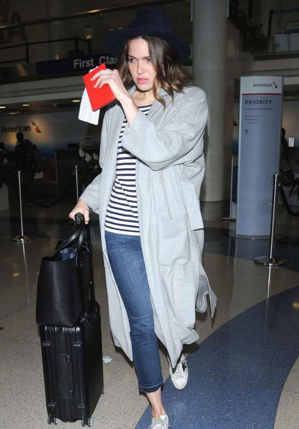 Mandy Moore at LAX Airport, June 2015-1