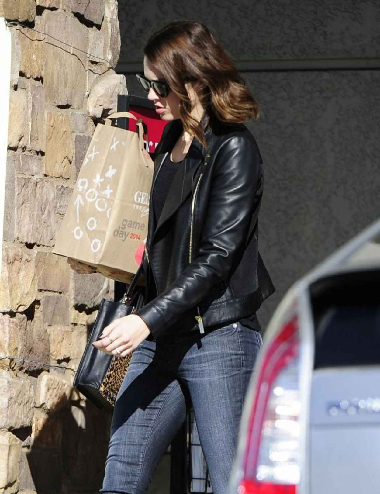 Mandy Moore Street Style - Out in Los Feliz - January 2015-1