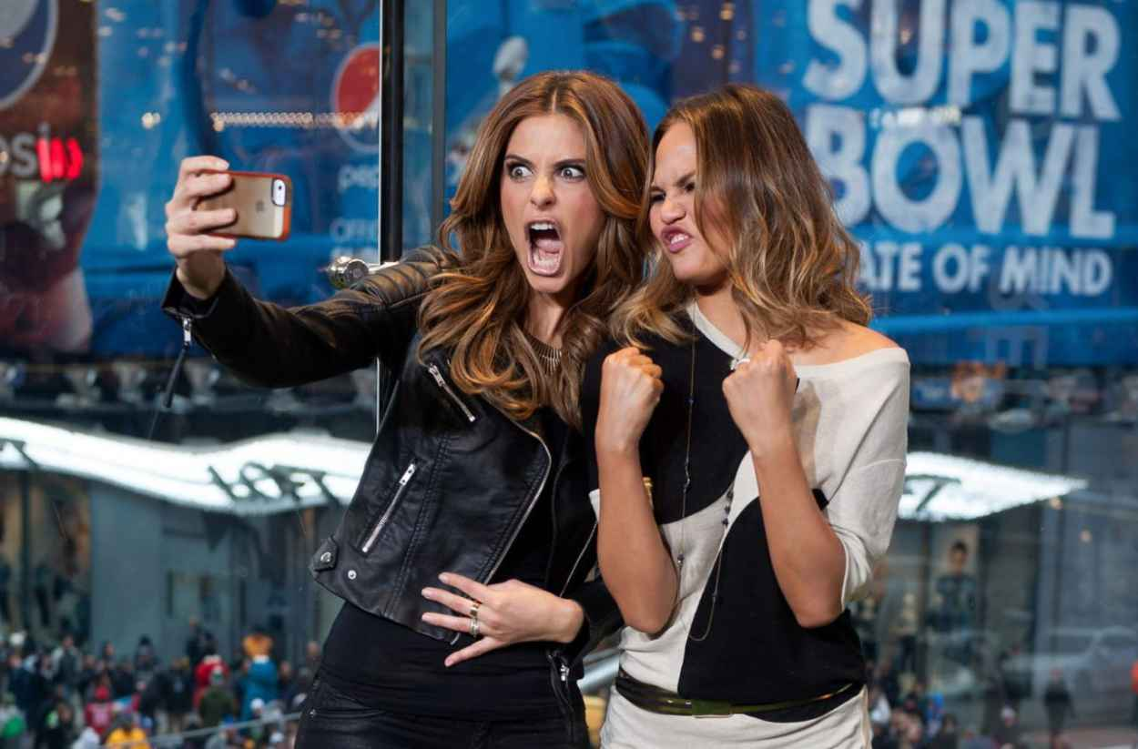 Maria Menounos & Chrissy Teigen - Set of EXTRA in New York, January 2015-1
