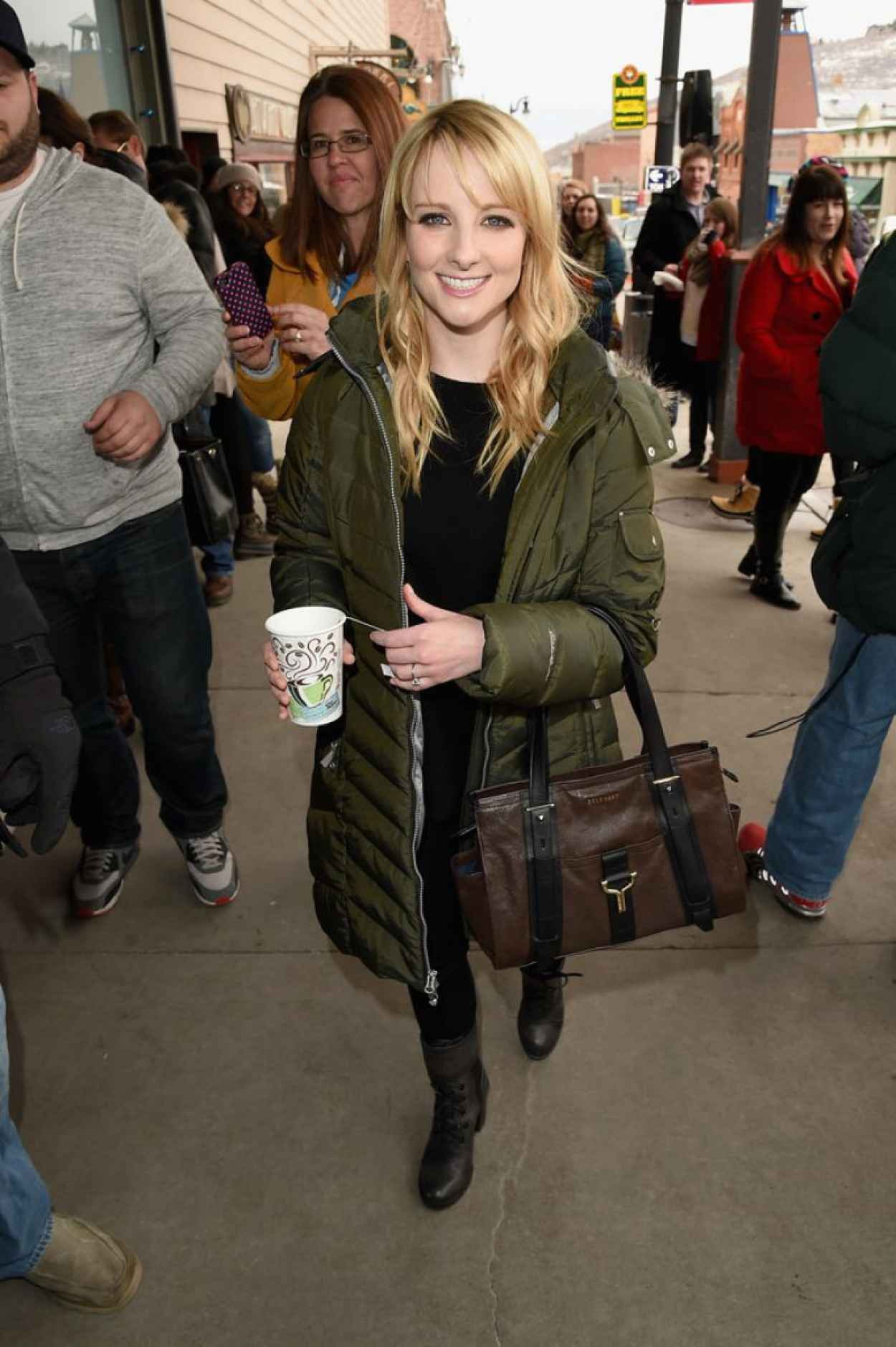 Melissa Rauch Street Style - Out in Park City - January 2015-1