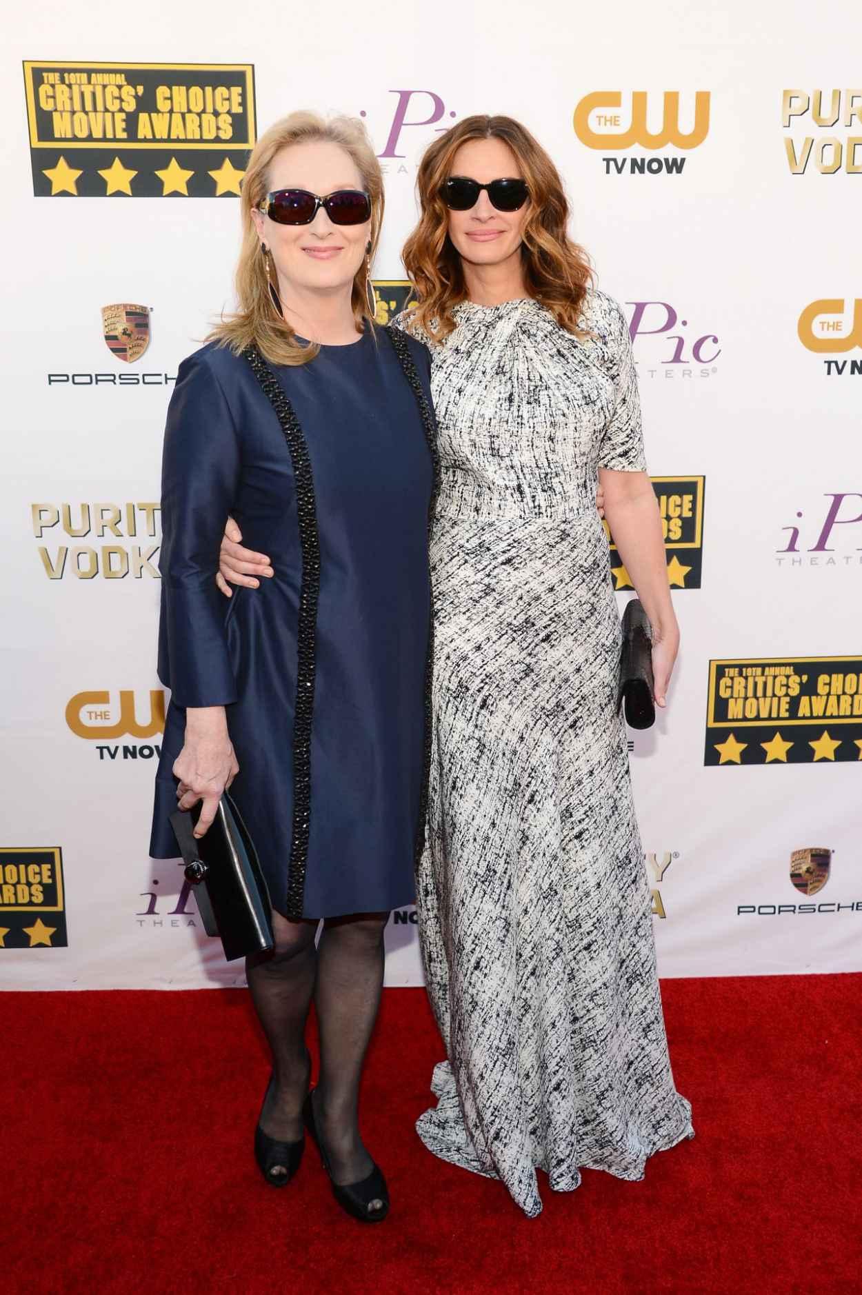 Meryl Streep & Julia Roberts at 19th Annual Critics Choice Movie Awards in Santa Monica, January 2015-1