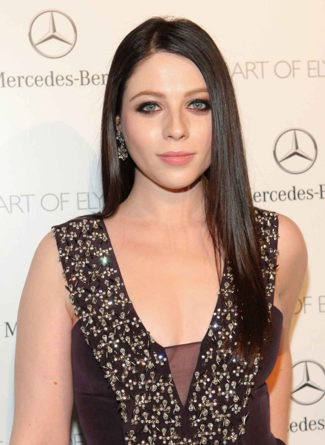 Michelle Trachtenberg Wears Rebecca Taylor at The Art of Elysium HEAVEN Gala, January 2015-1