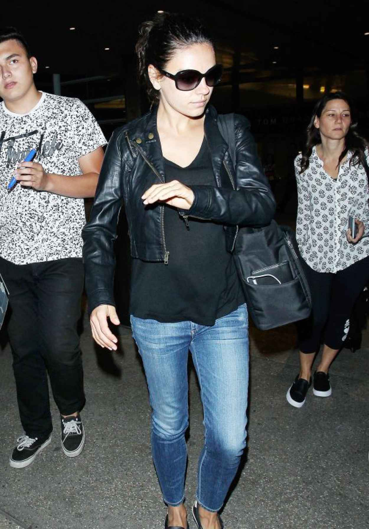 Mila Kunis Airport Outfit - LAX, June 2015-1