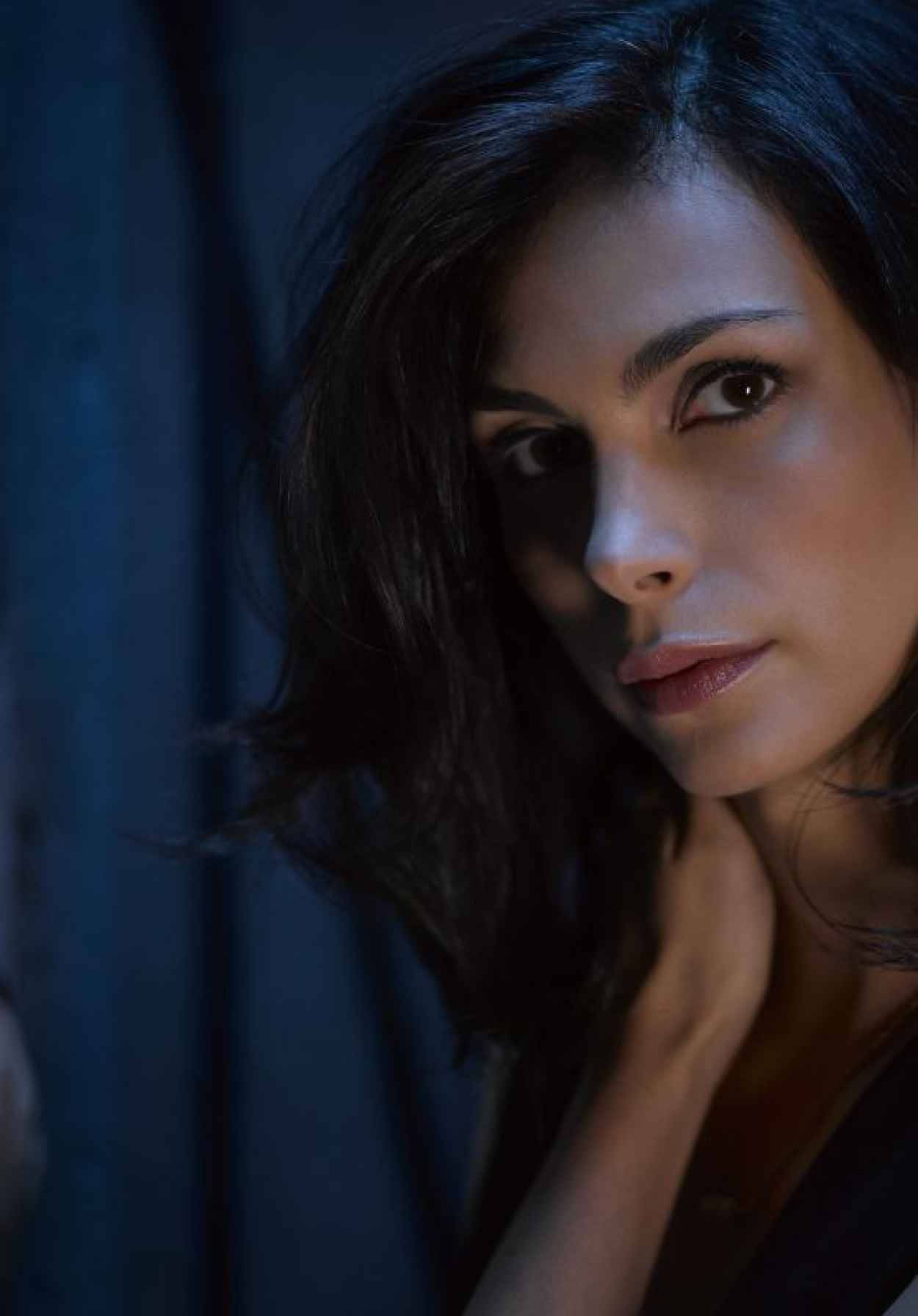 Morena Baccarin - Gotham Season 2 Promoshoot-1