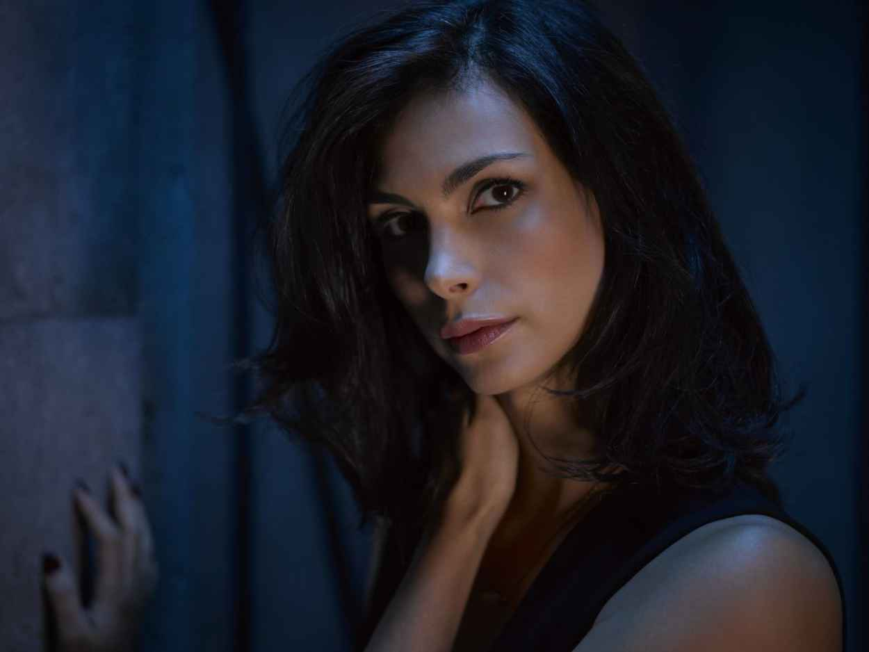 Morena Baccarin - Gotham Season 2 Promoshoot-2