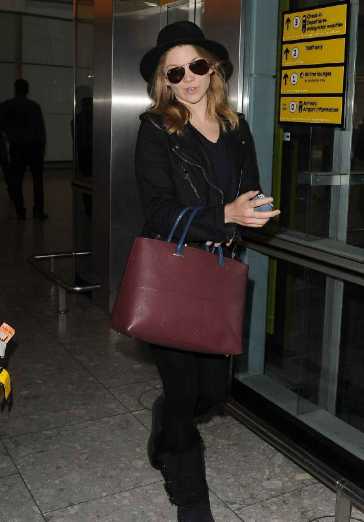 Natalie Dormer Airport Style - at Londons Heathrow Airport, July 2015-1