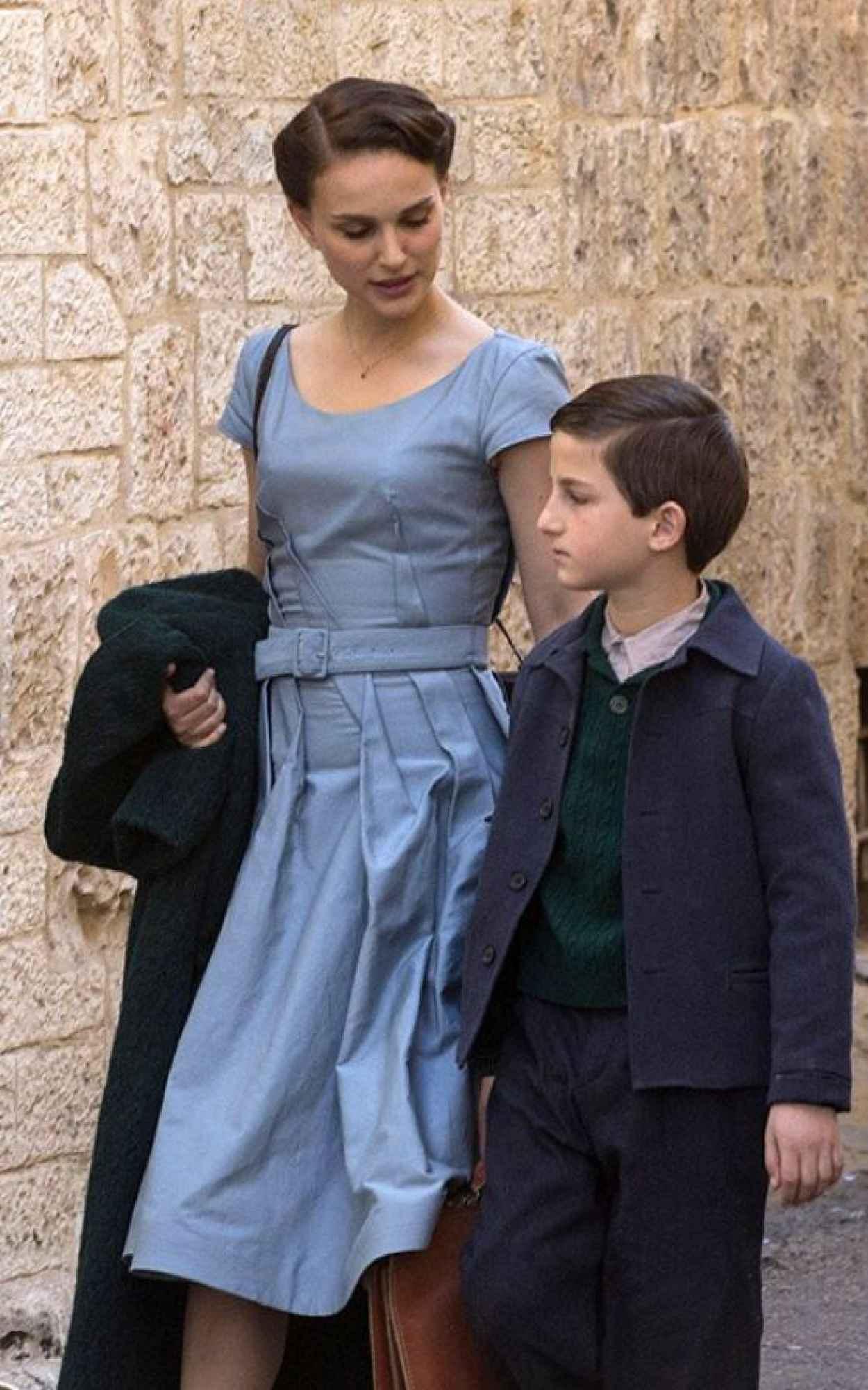 Natalie Portman - A Tale of Love and Darkness Set Photos - Jerusalem, February 2015-1