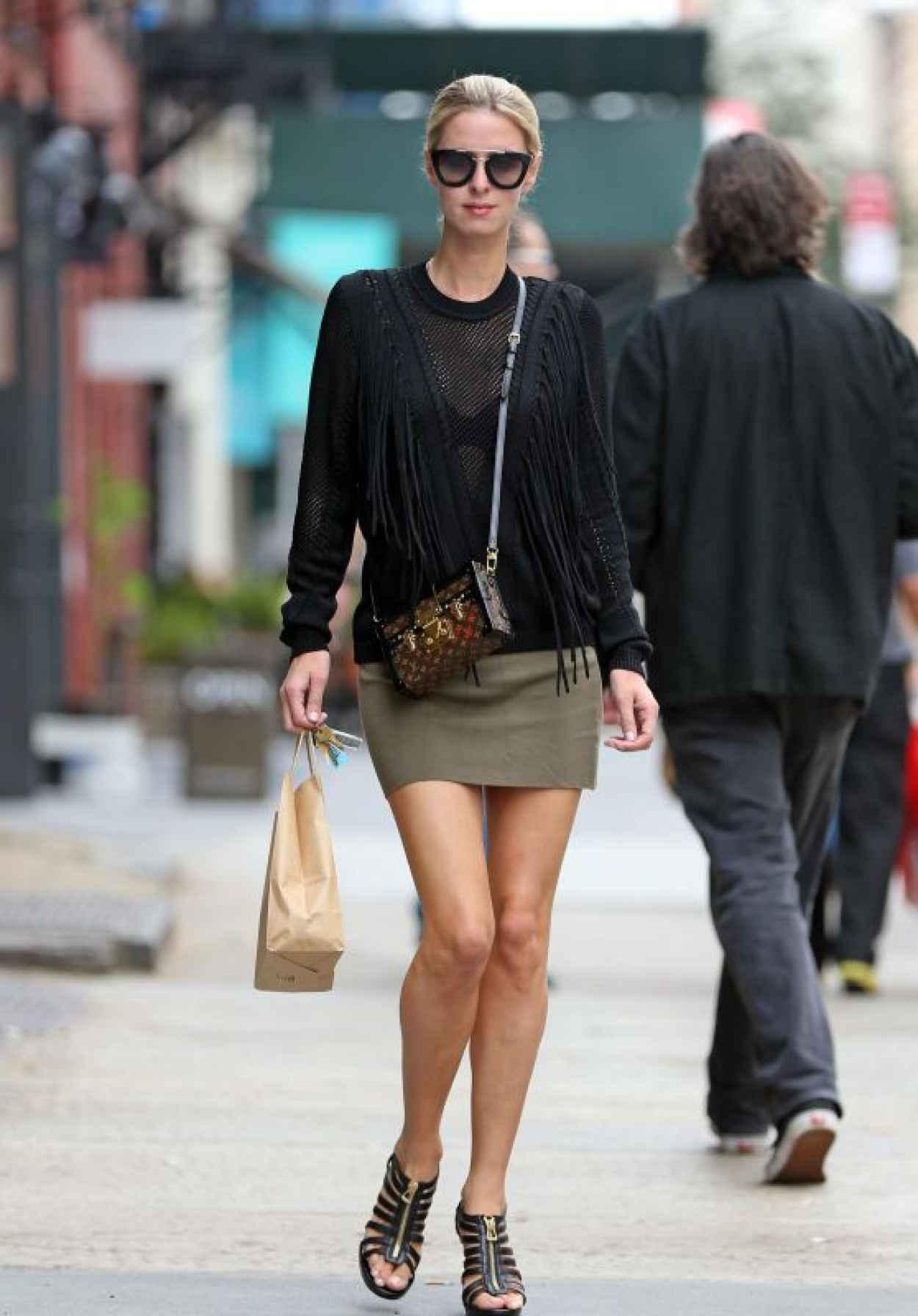 Nicky Hilton Leggy in Mini Skirt - Shopping in NYC, October 2015-1