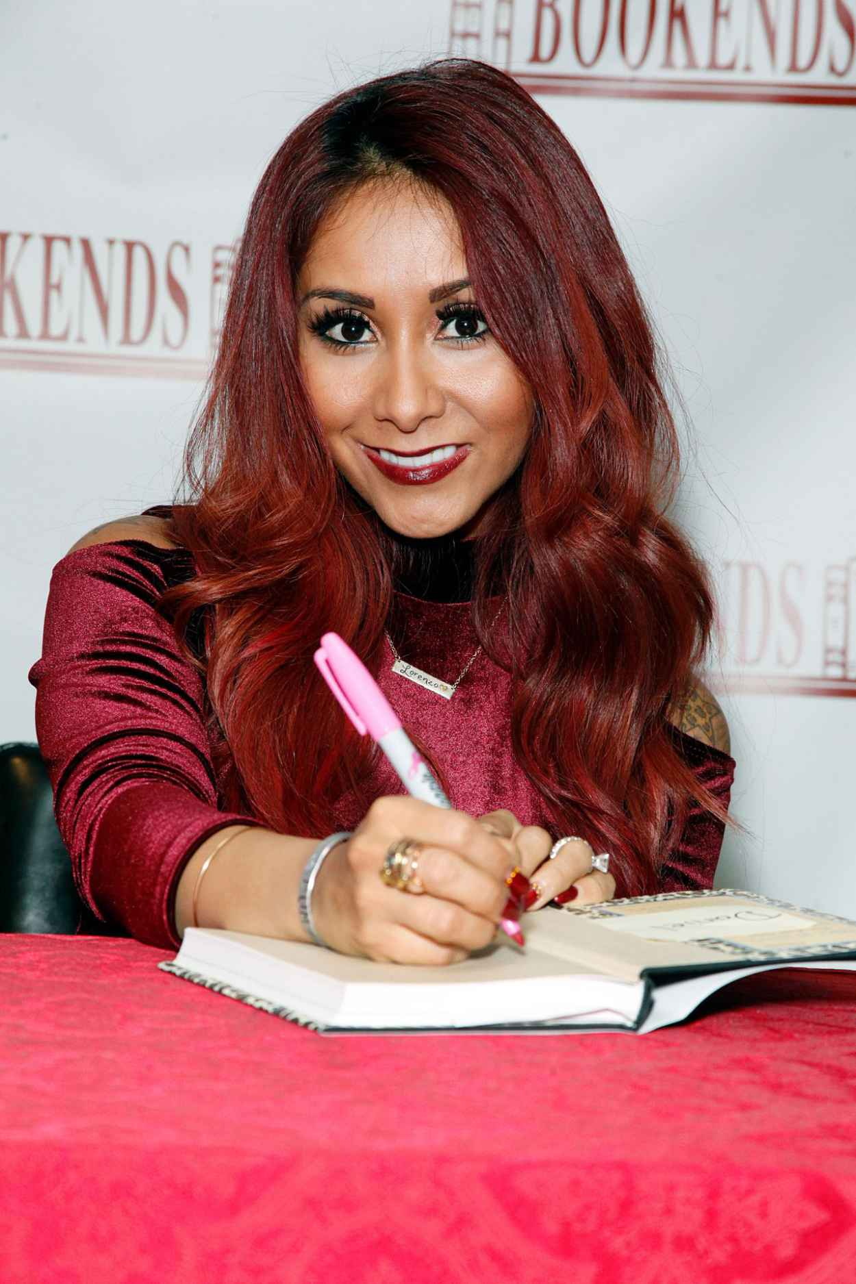 Nicole Polizzi - Signing Copies of Her New Book at Bookends - New Jersey 2015-1