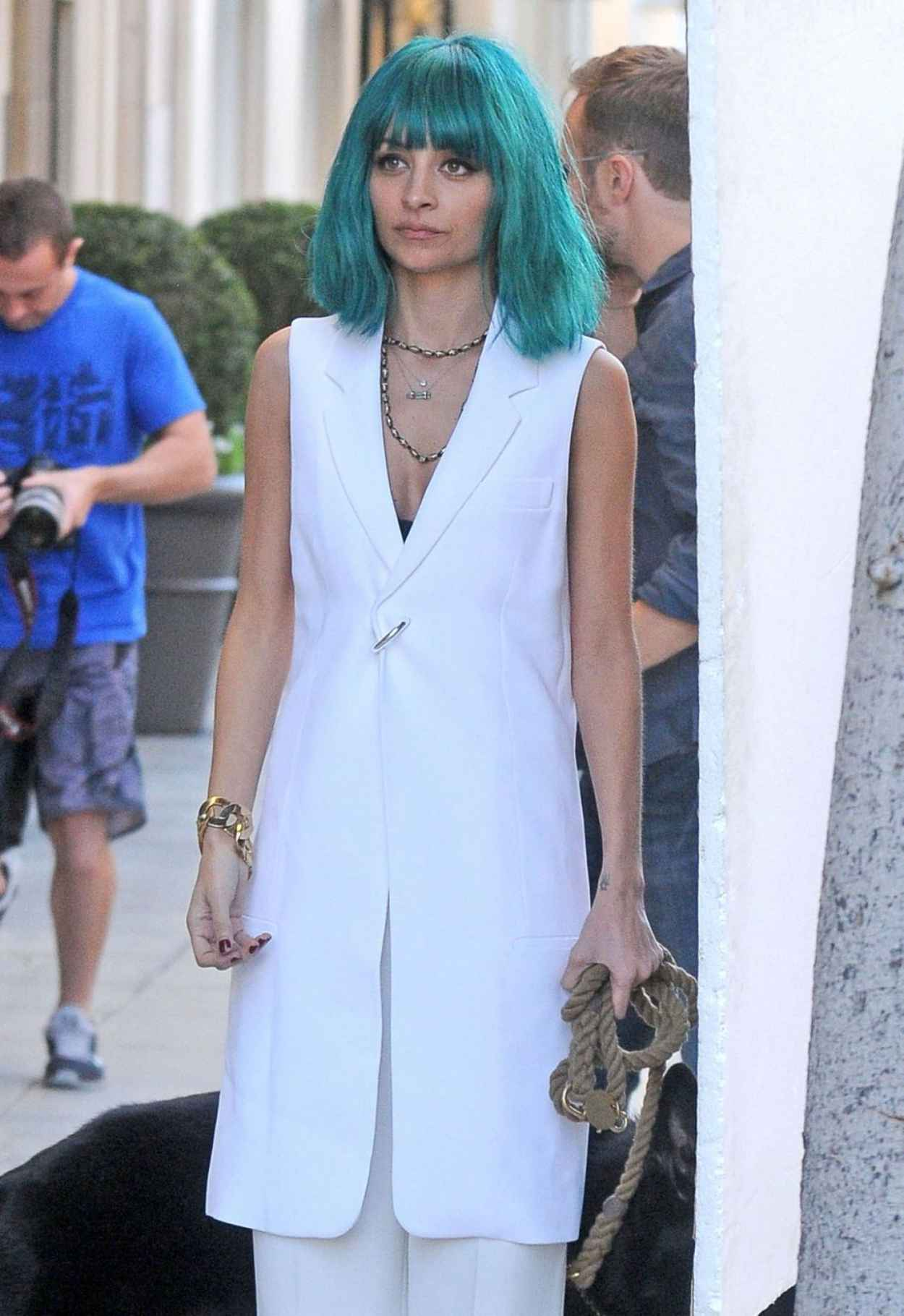 Nicole Richie - Doing a Photoshoot in Beverly Hills, January 2015-1
