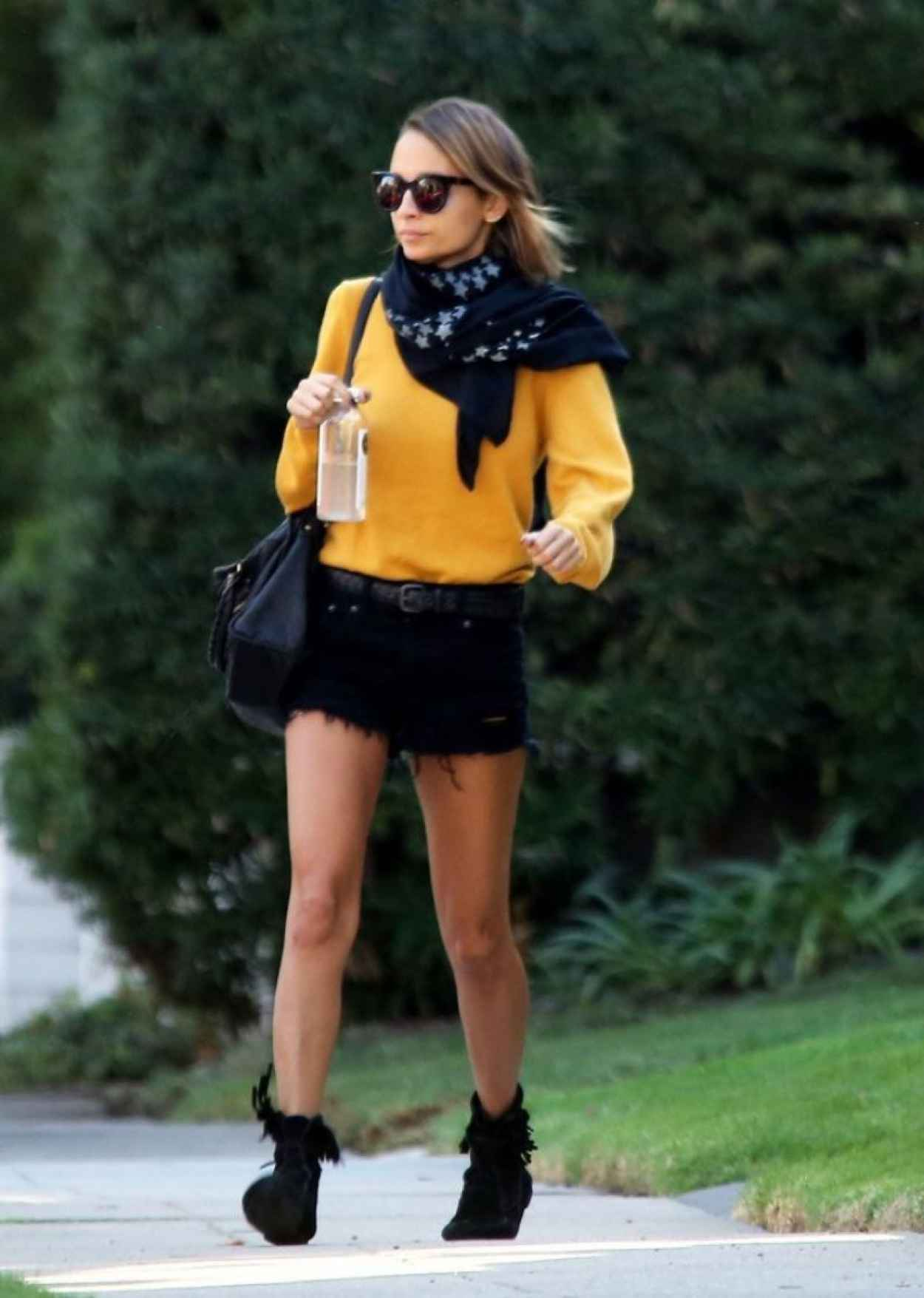 Nicole Richie Street Style - Out in Beverly Hills-1