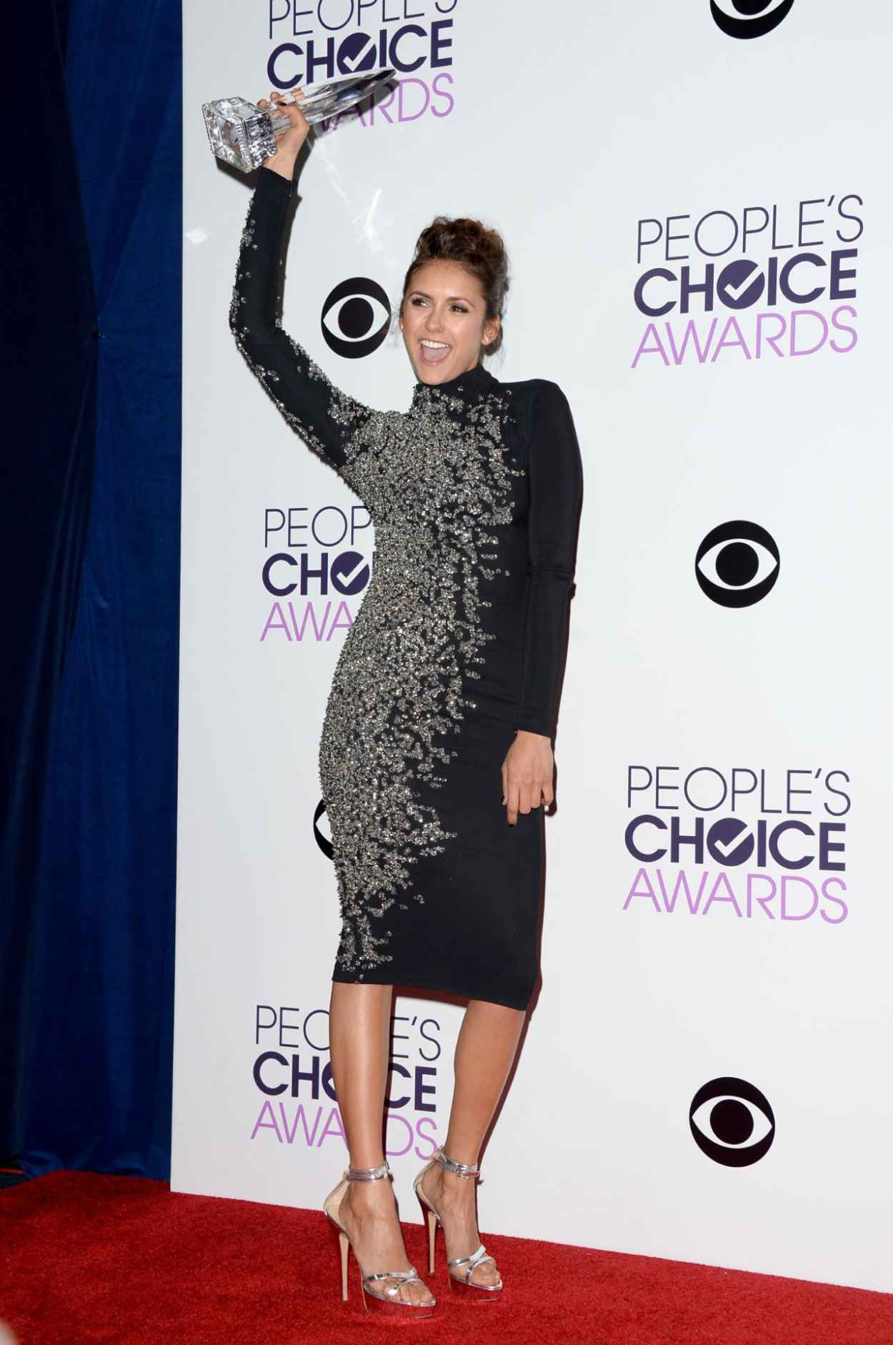 Nina Dobrev in Jenny Packham - 2015 People-s Choice Awards-1