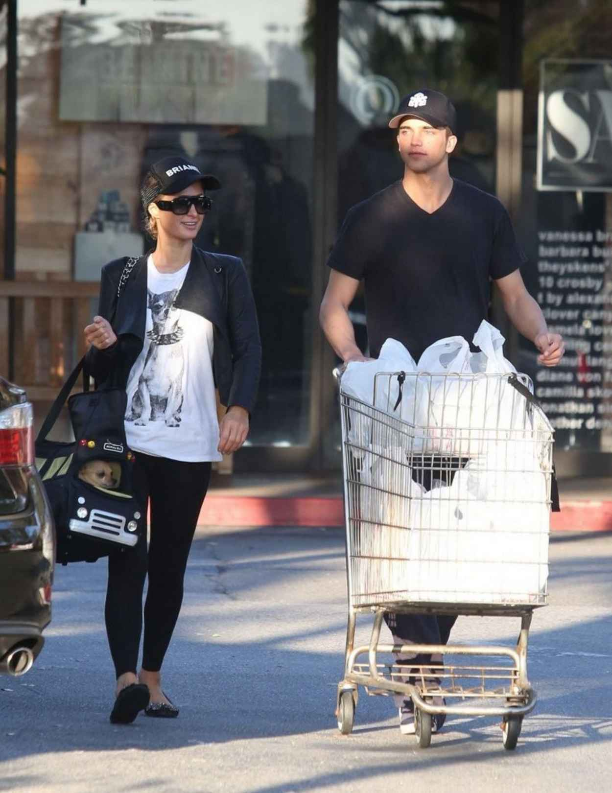 Paris Hilton and River Viiperi (Her Boyfriend) Shop For Groceries - February 2015-1