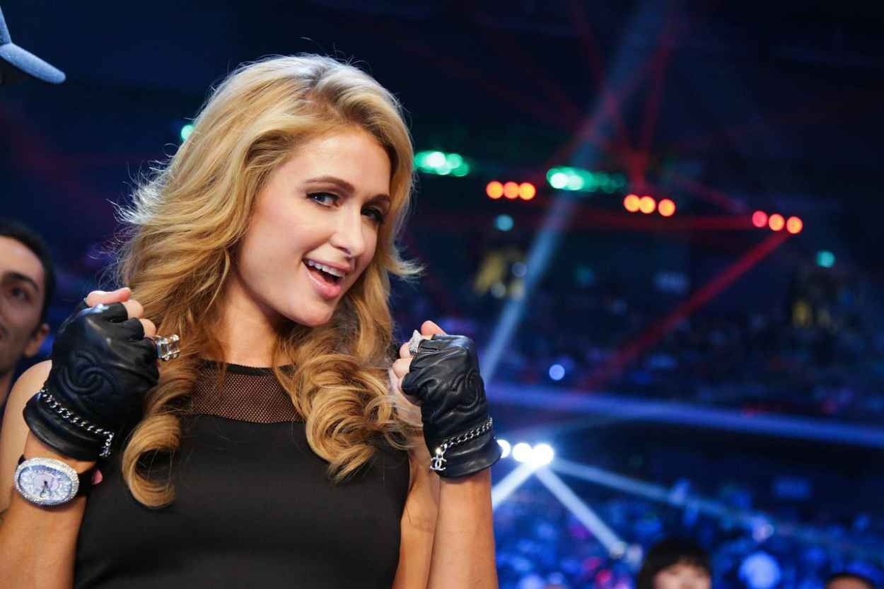Paris Hilton at Manny Pacquiao of the Philippines fight with Brandon Rios - November 2015-1