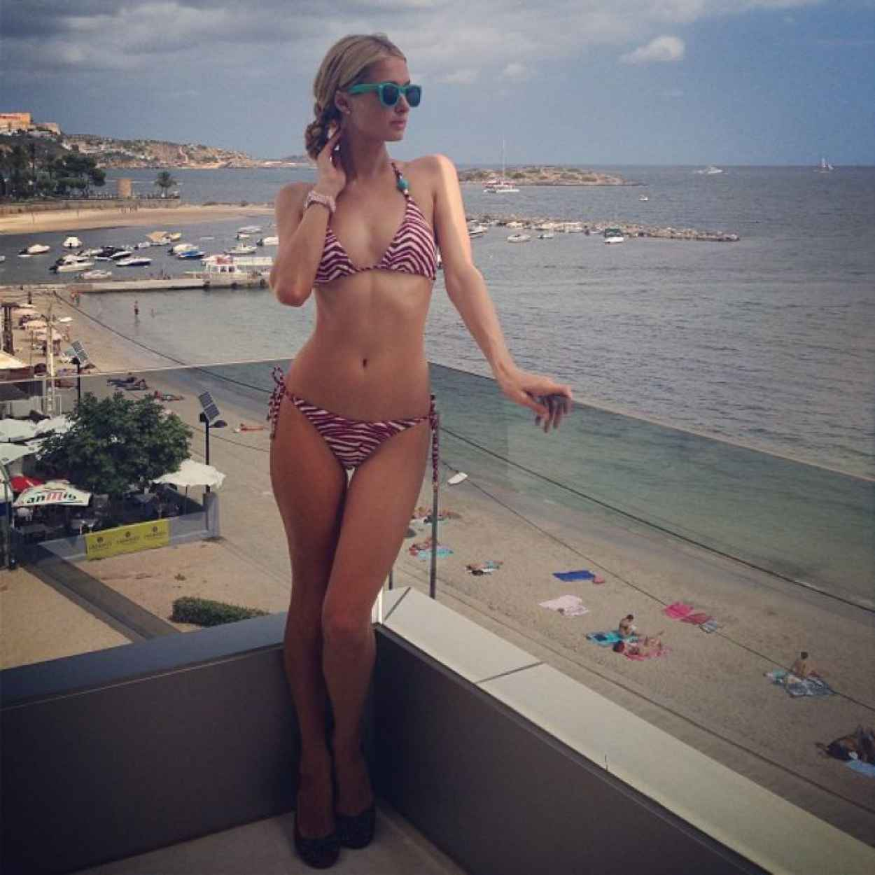 Paris Hilton Bikini Photos - Twitter and Instagram - Year 2015-1