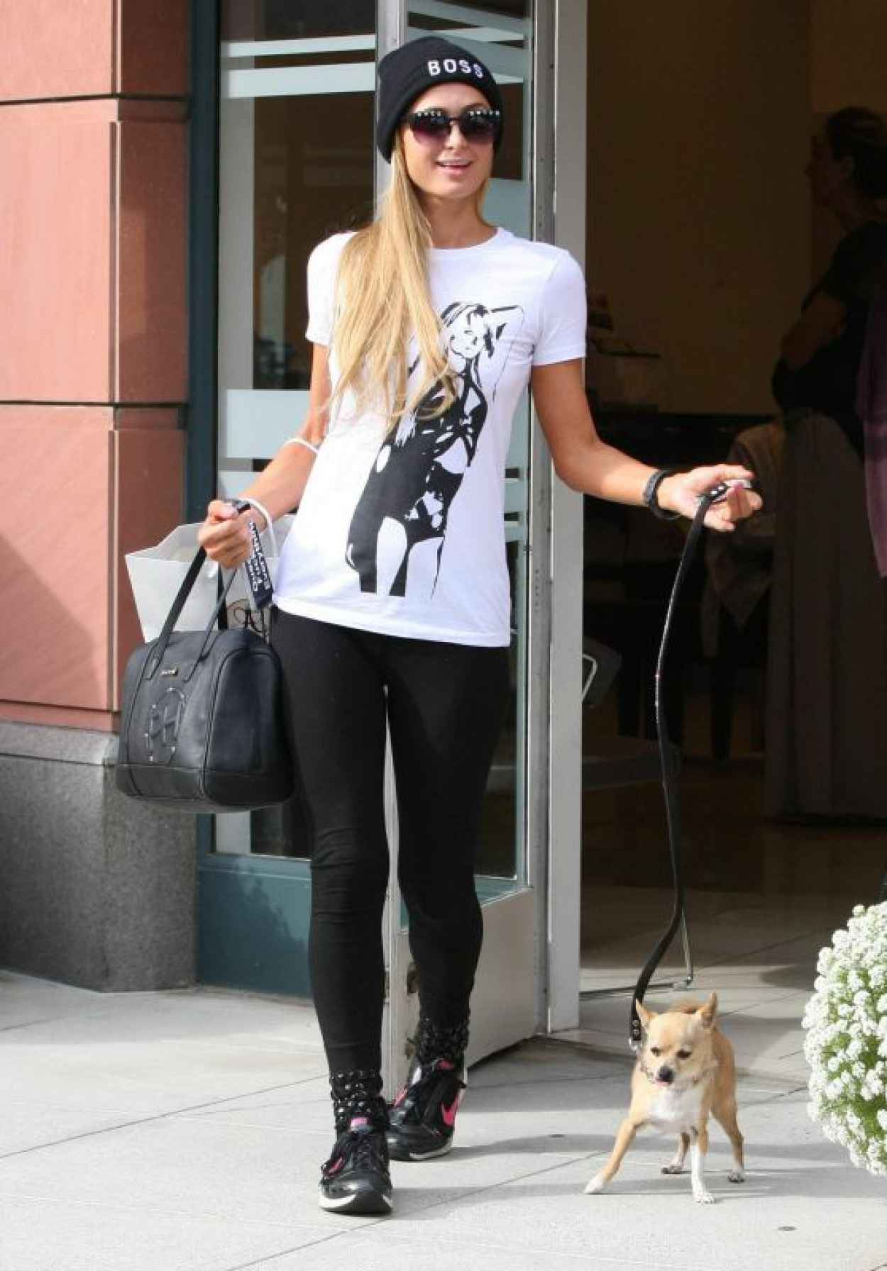 Paris Hilton Leaving the Anastasia Salon in Beverly Hils - July 2015-1