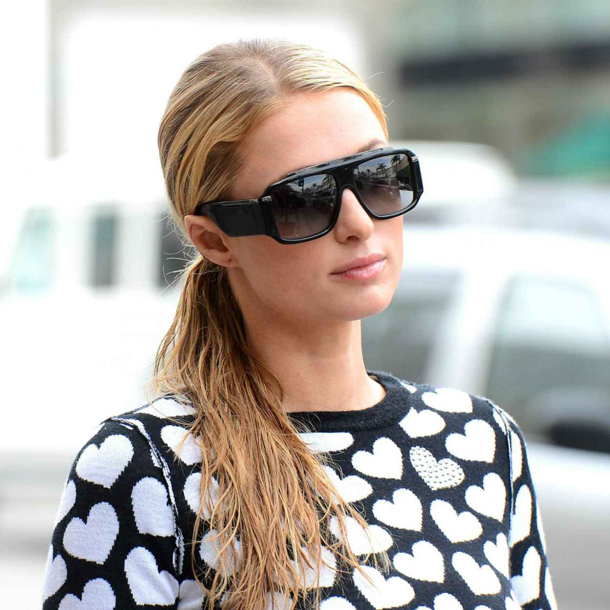 Paris Hilton Street Style - Out in Beverly Hills - February 2015-1
