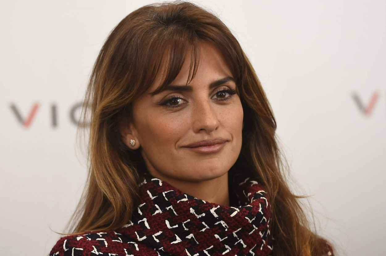Penelope Cruz - Unoentrecienmil Presentation for Viceroy in Madrid, October 2015-3