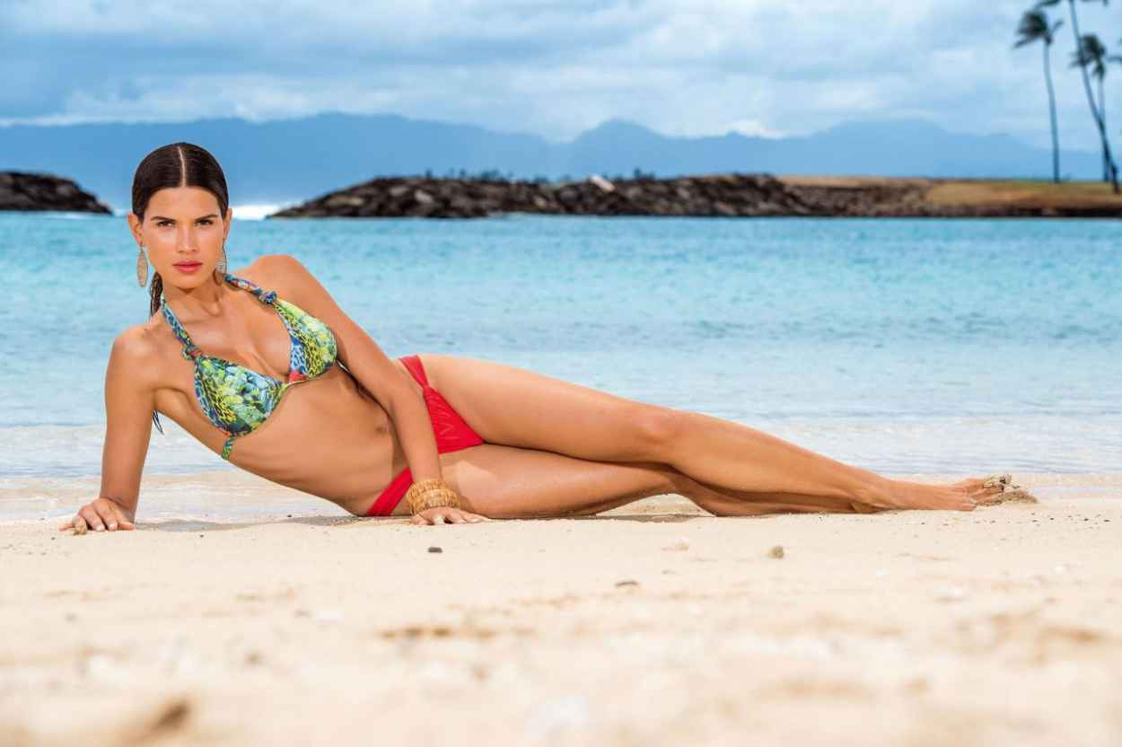 Raica Oliveira Bikini Photoshoot for Bluebeach Swimwear - November 2015-4