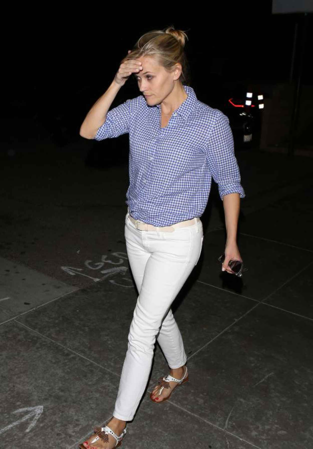 Reese Witherspoon - Outside Palm Restaurant in Beverly Hills, April 2015-1