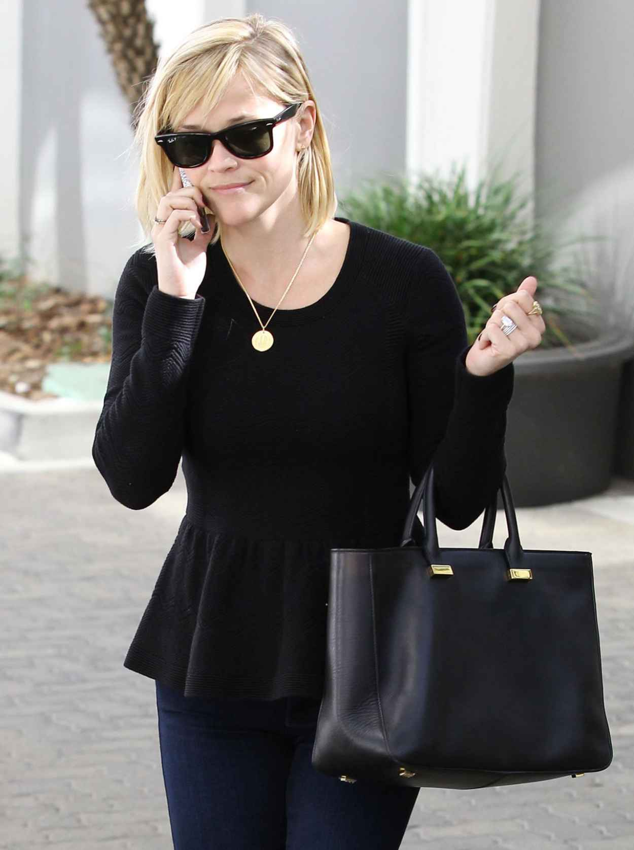 Reese Witherspoon Street Style - Out n Brentwood California, January 2015-1