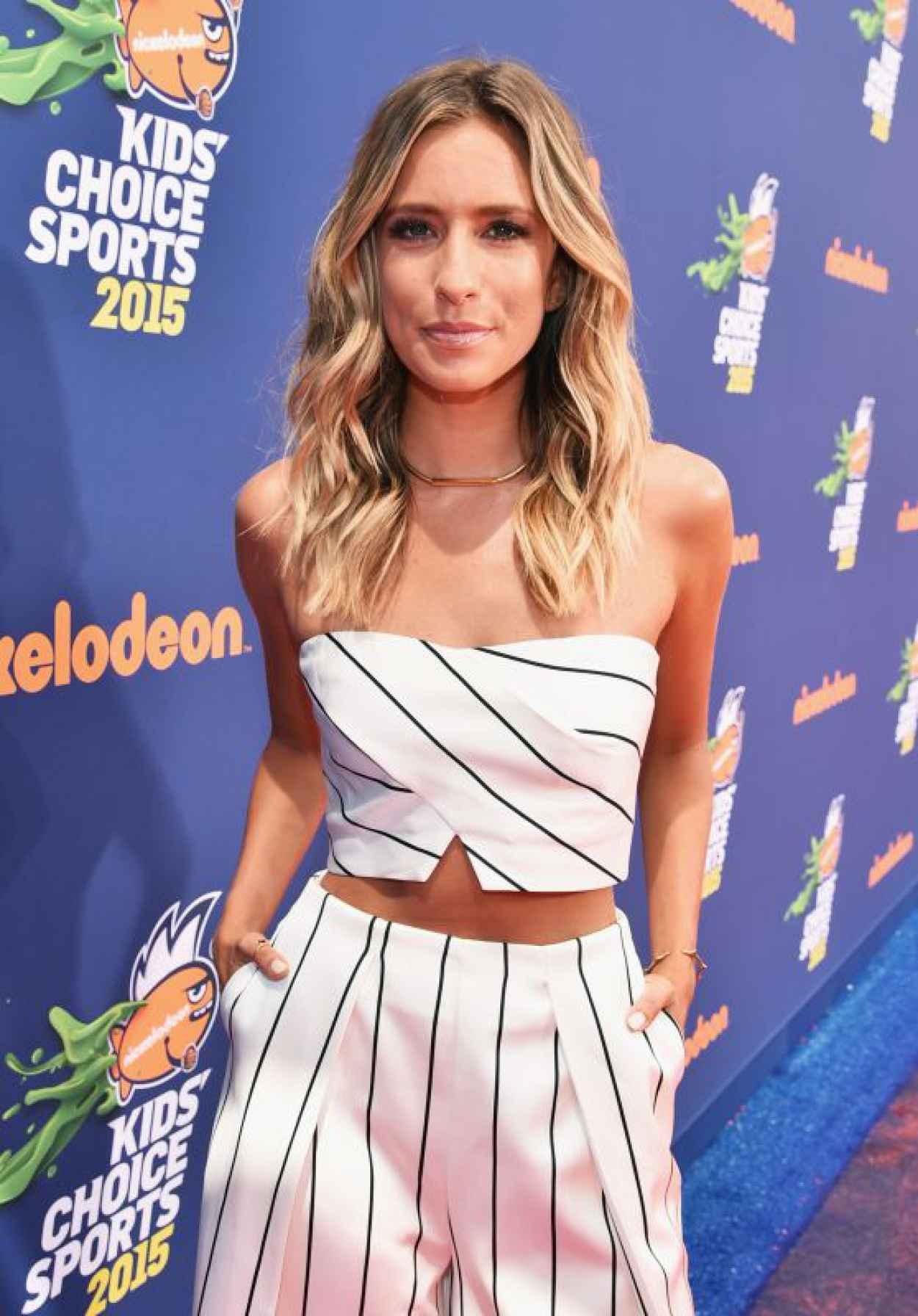 Renee Bargh - 2015 Nickelodeon Kids- Choice Sports Awards in Los Angeles-1